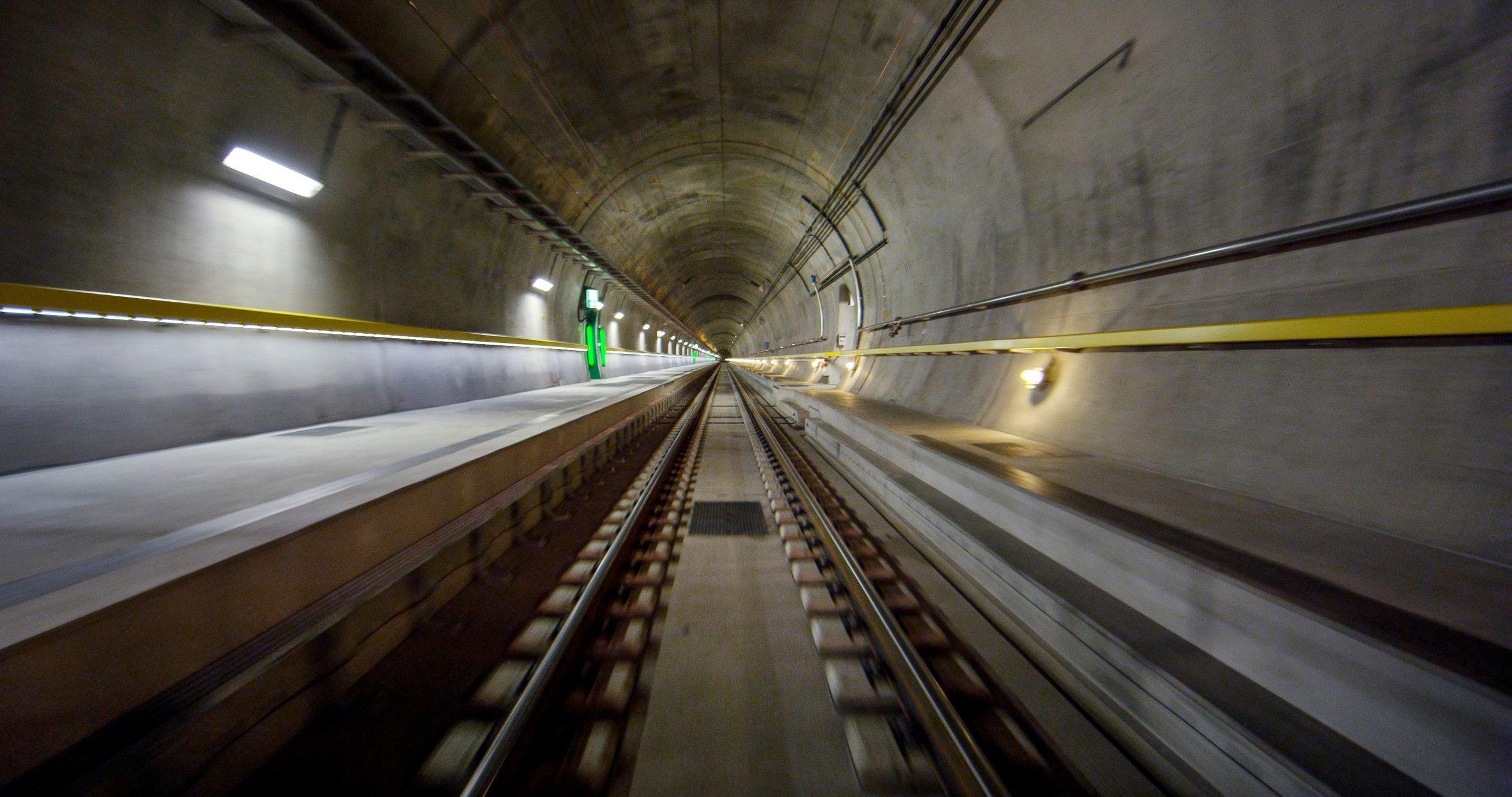 Tunnel del Gottardo. Film Still