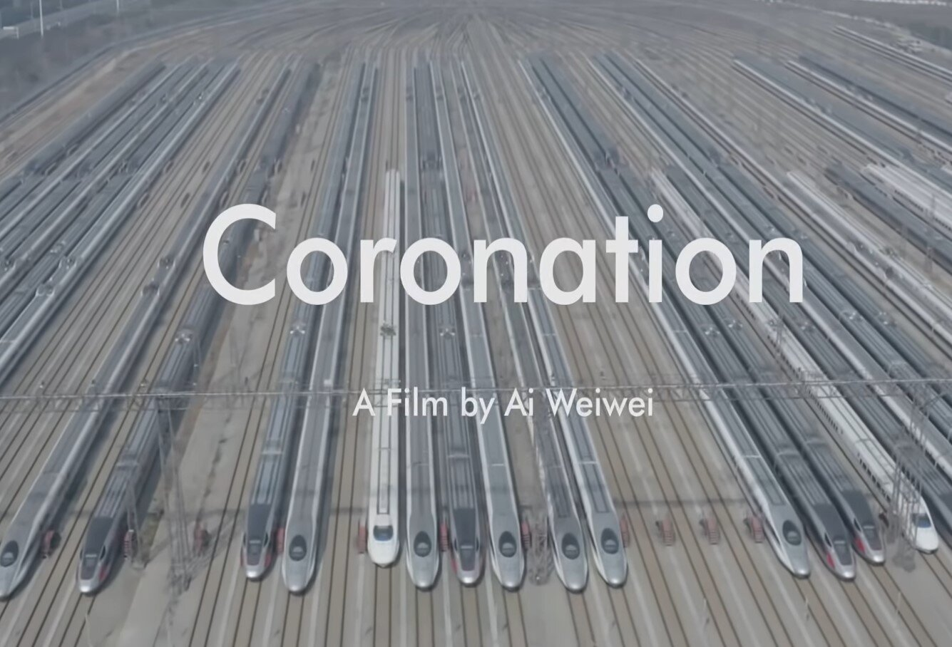 """""""Coronation"""": il film di Ai Weiwei che ritrae la Cina efficiente e brutale attraverso la lente d'ingrandimento della pandemia"""