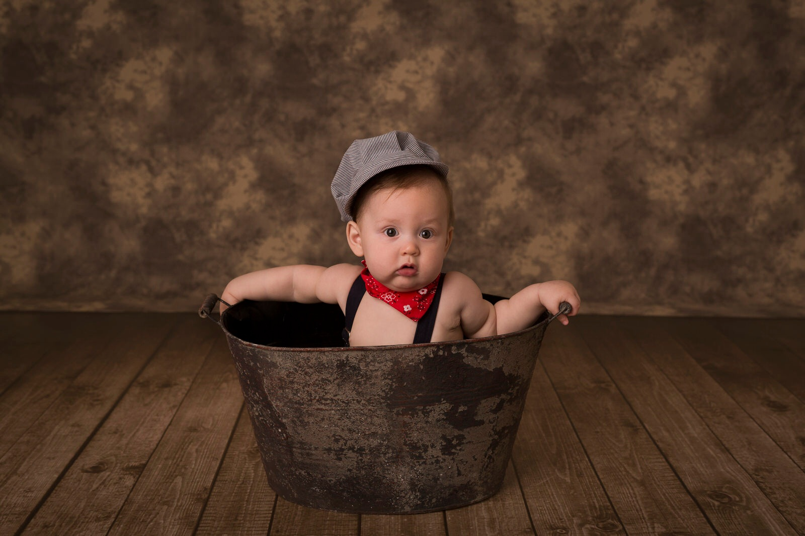 Baby boy portrait. First BDay.
