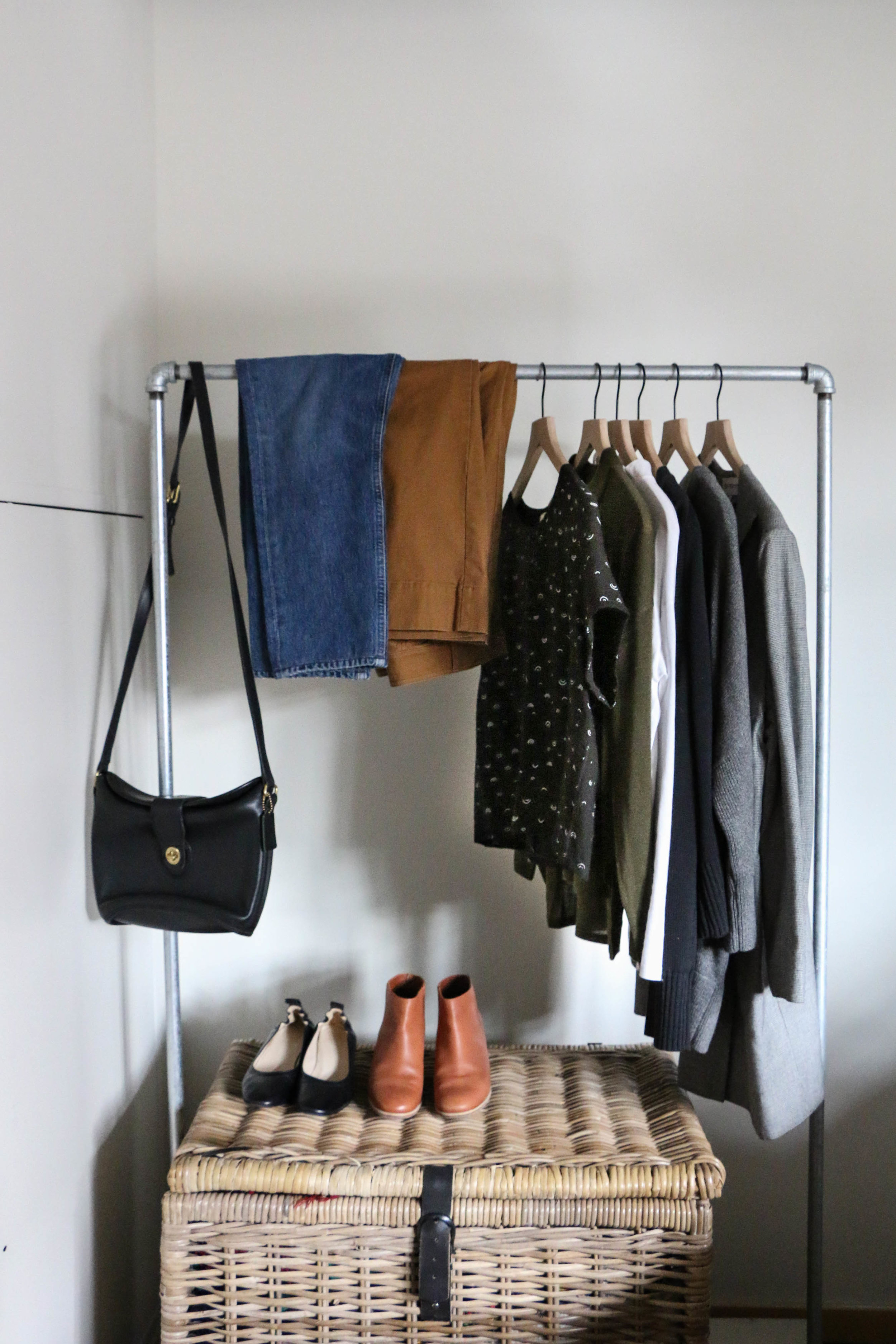 the-thoughtful-closet_fall-10x10_challenge_-1.jpg