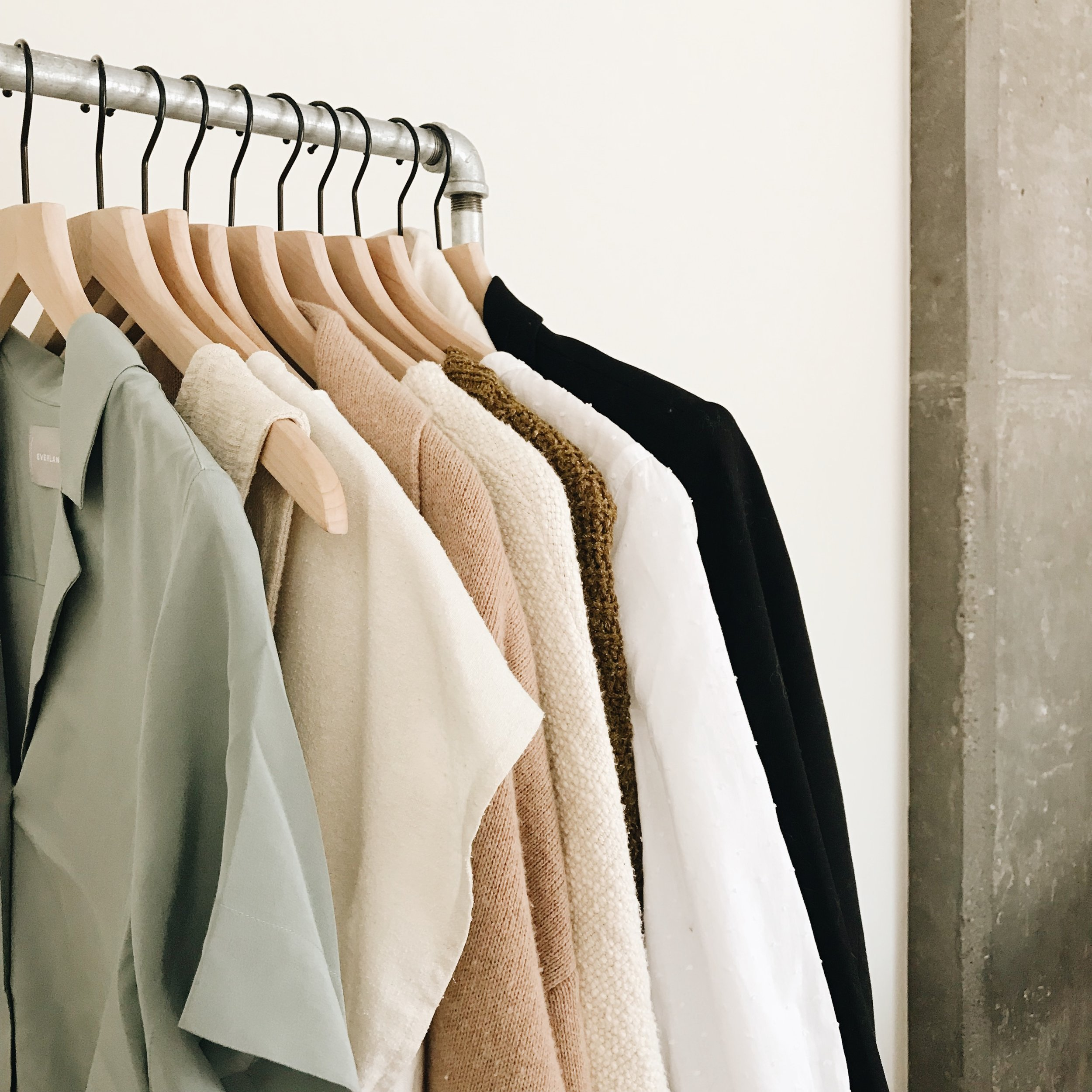 the-thoughtful-closet_spring-capsule-2018_spring-10x10.jpg