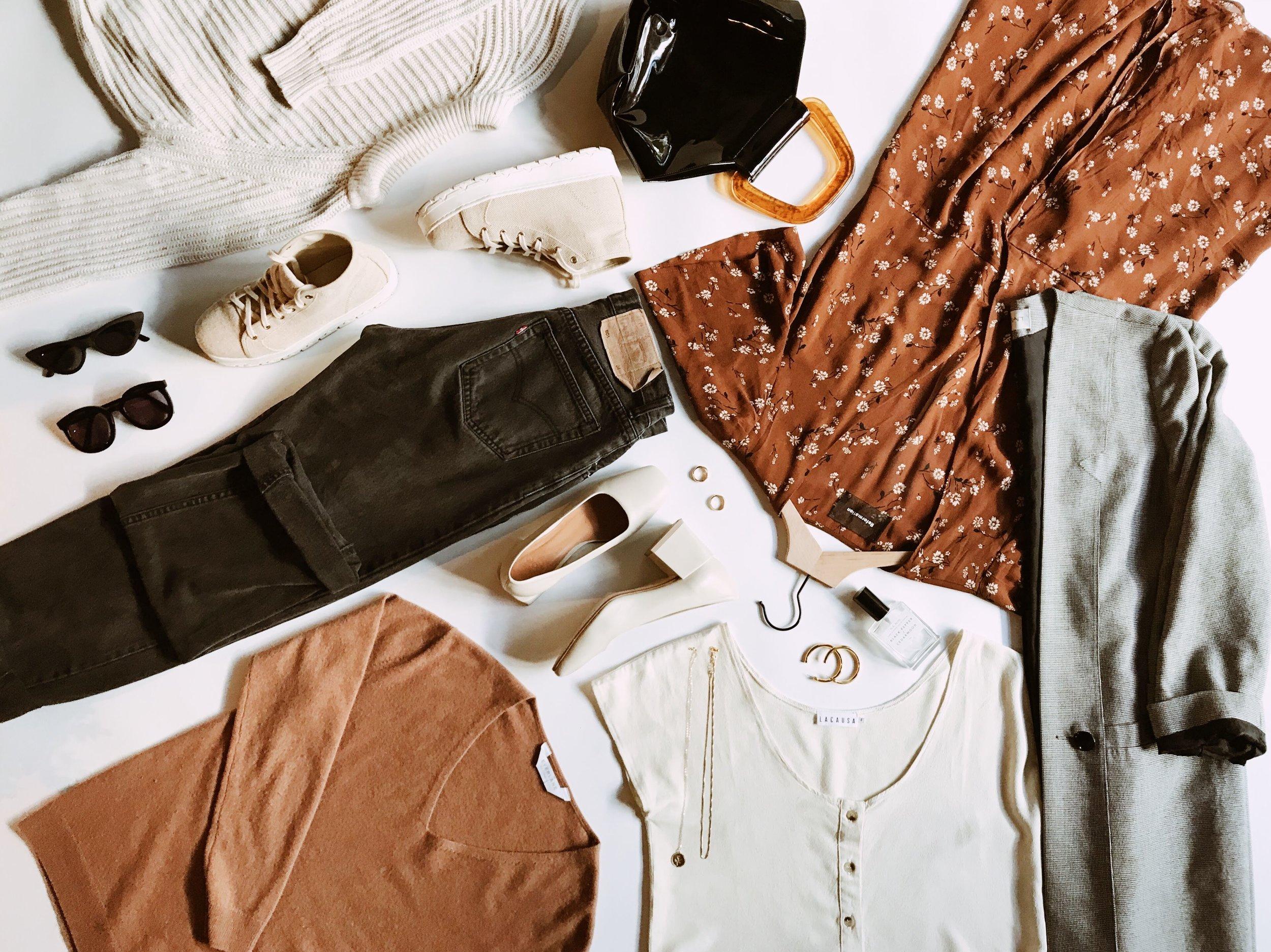 the-thoughtful-closet_fall-2018-capsule-wardrobe.jpg
