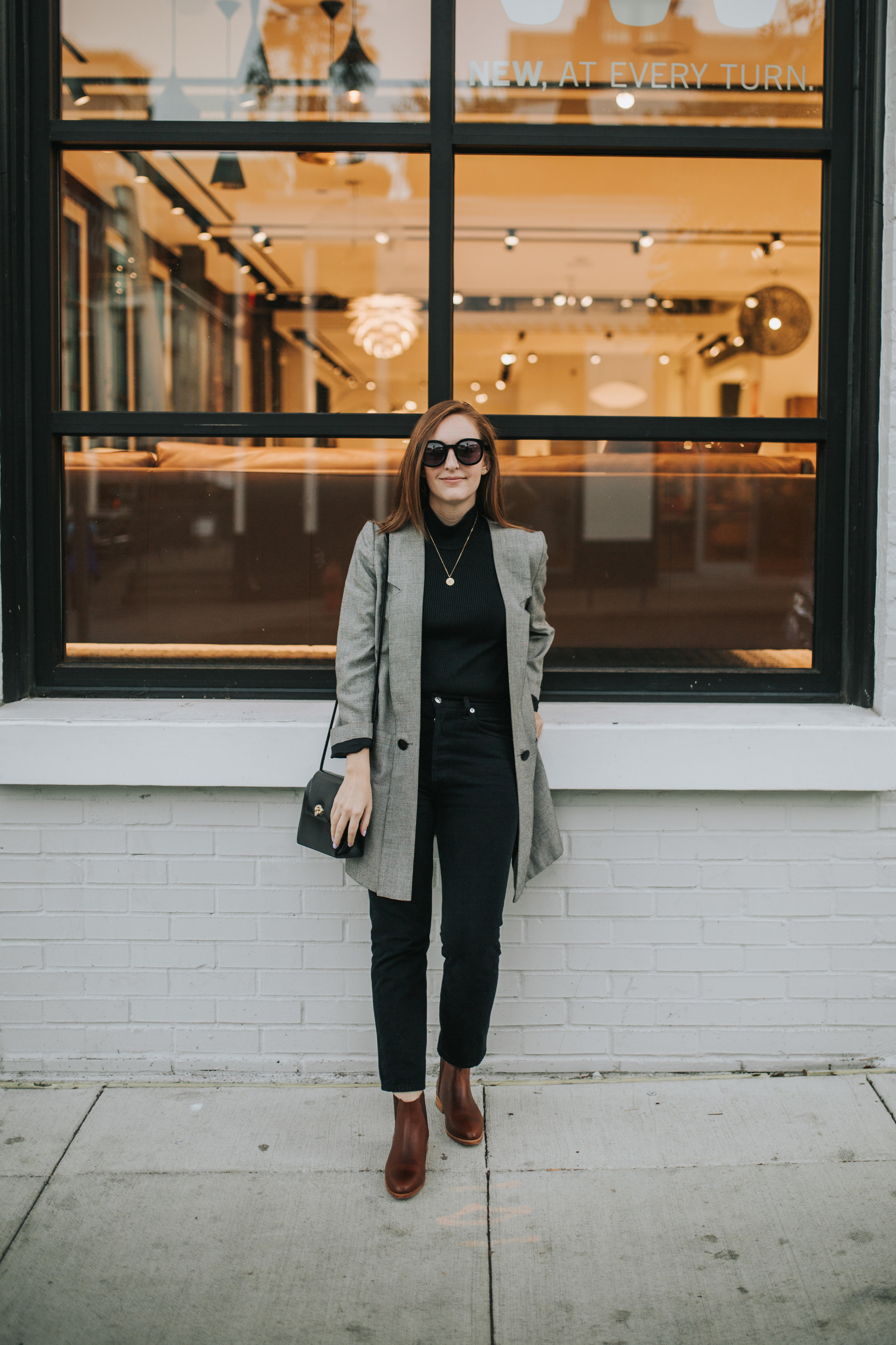 the-thoughtful-closet_nisolo-chelsea-boot_6.jpg