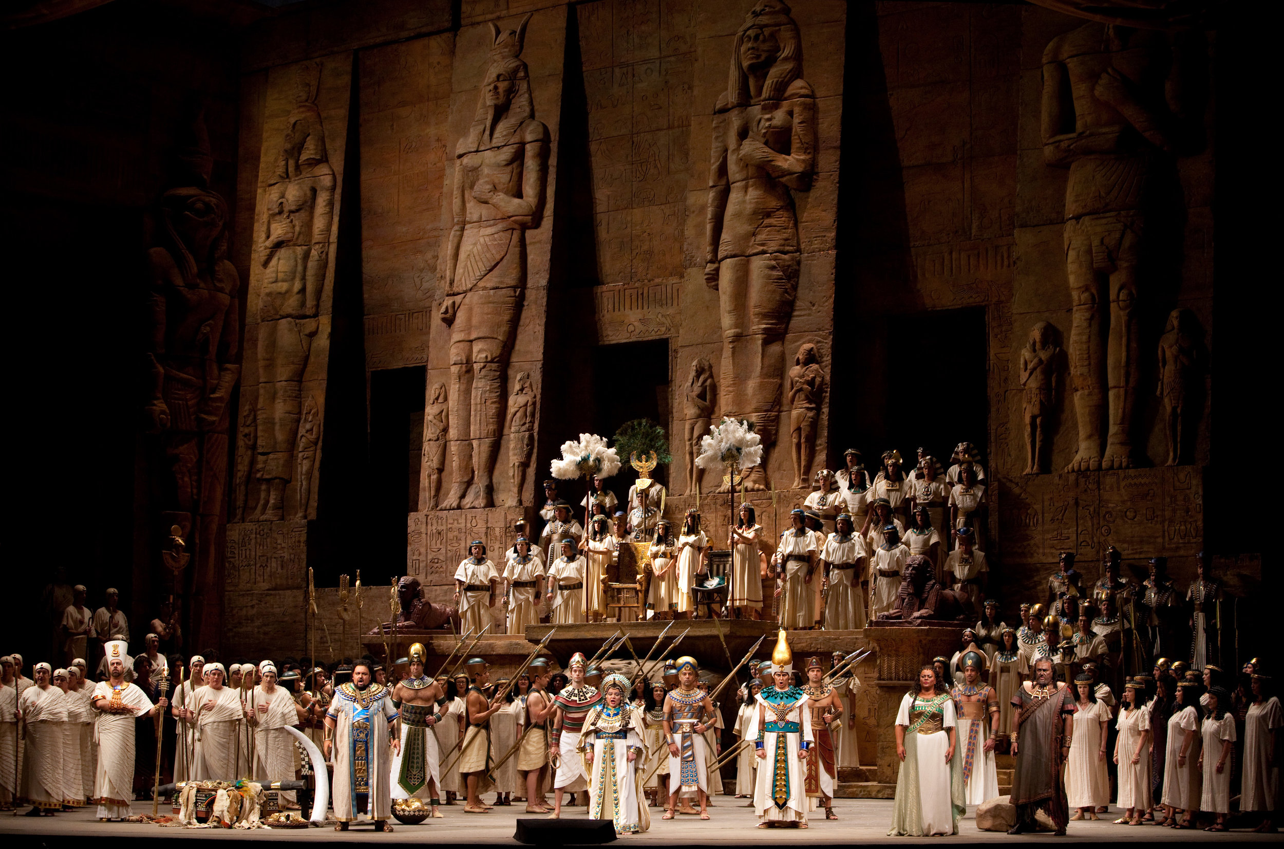 Aida's triumpmphal scene, in all its glory. (Photo Credit: Marty Sohl/Met Opera)