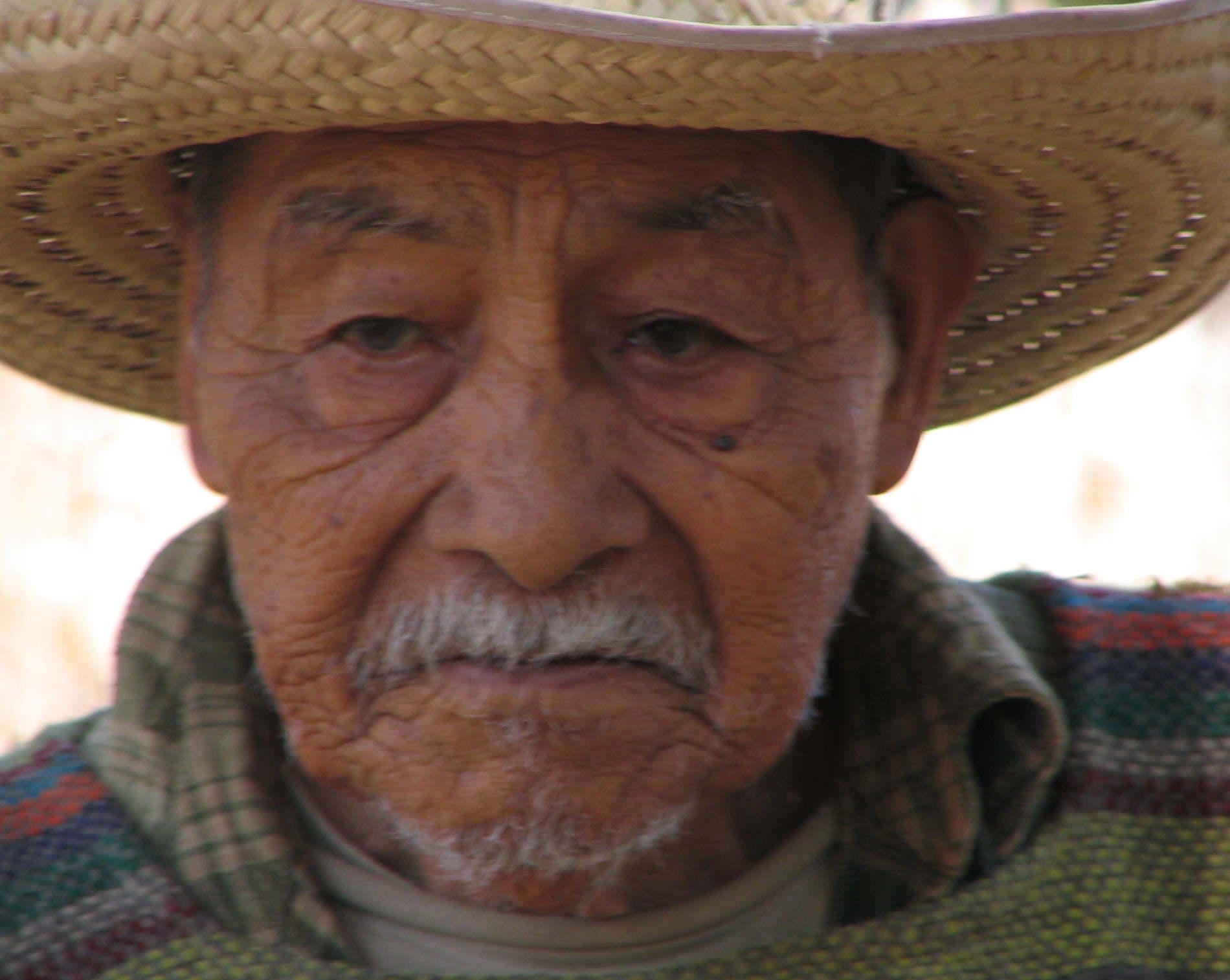 Don Lucio 3 AUg 2005-1.JPG