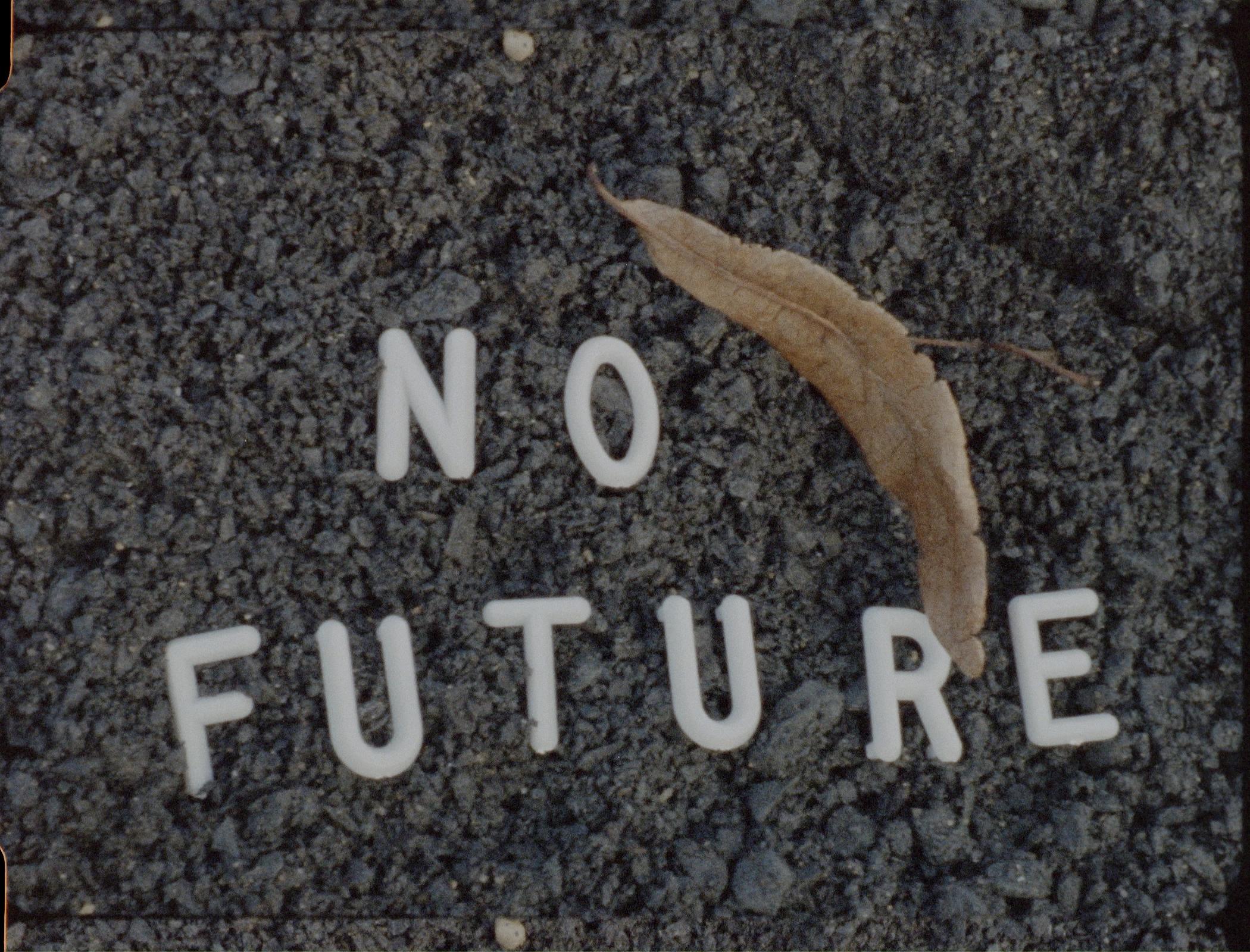 TF no future fullfr.jpg