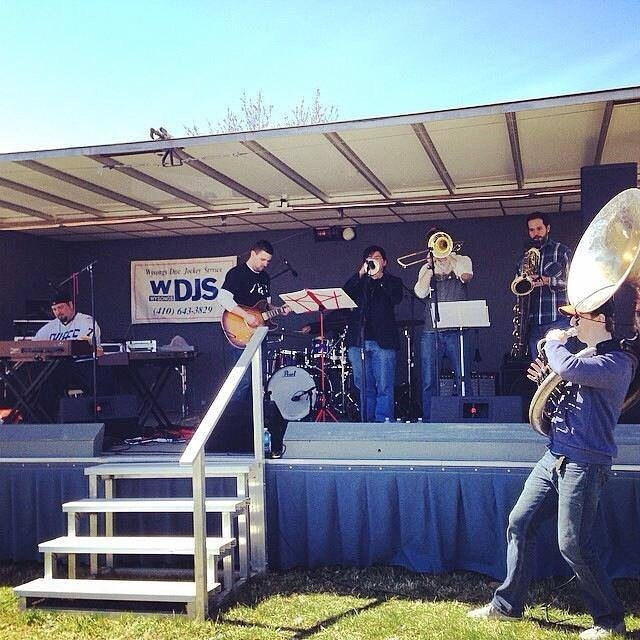 Throwback Monday to a show we did on the Eastern Shore 3 years ago! #oldschool #soundmakersunion #tuba #trombone #trumpet #sax #guitar #organ #drums #tbmonday