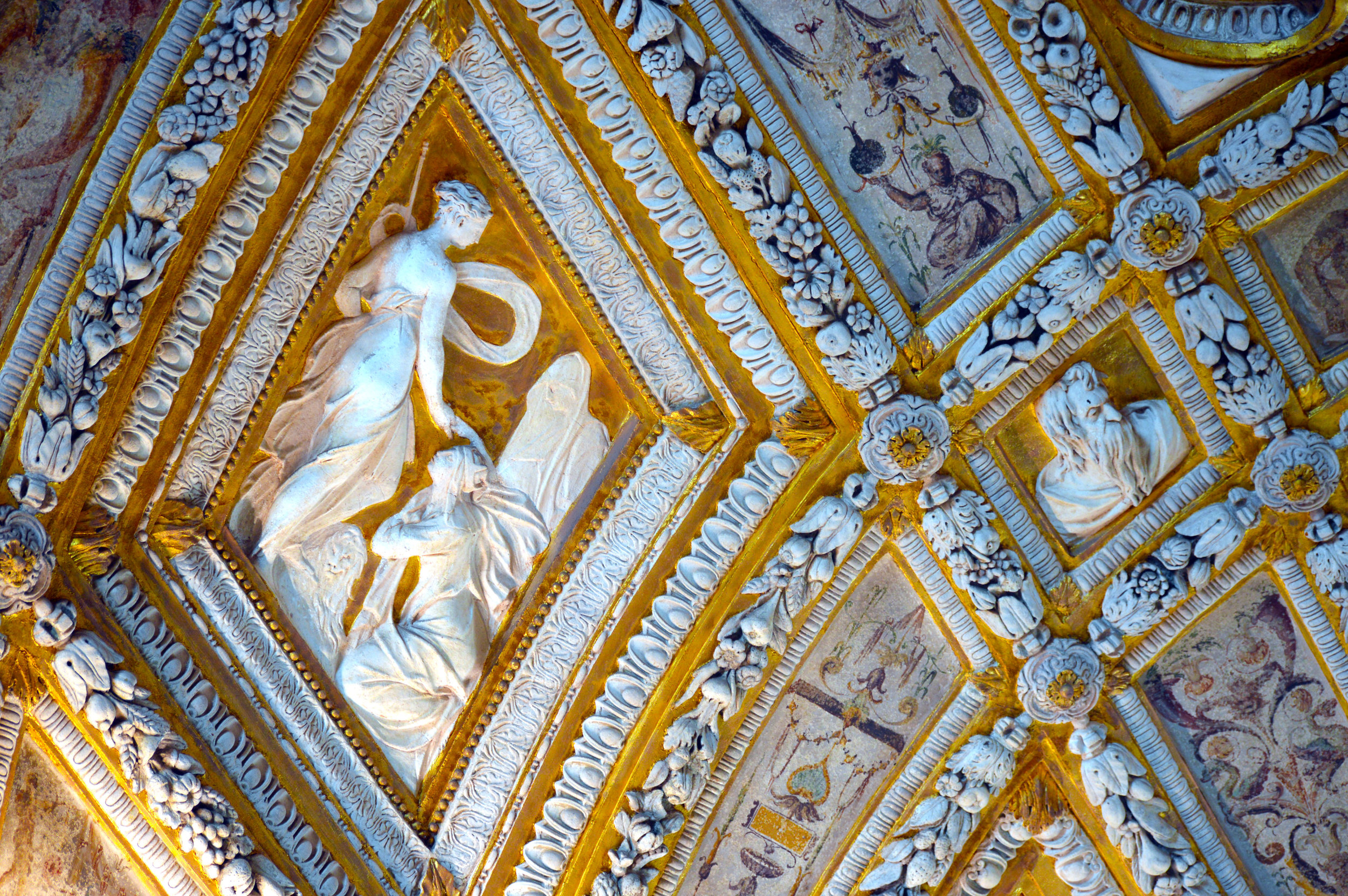 venicecathedrialceiling.jpg