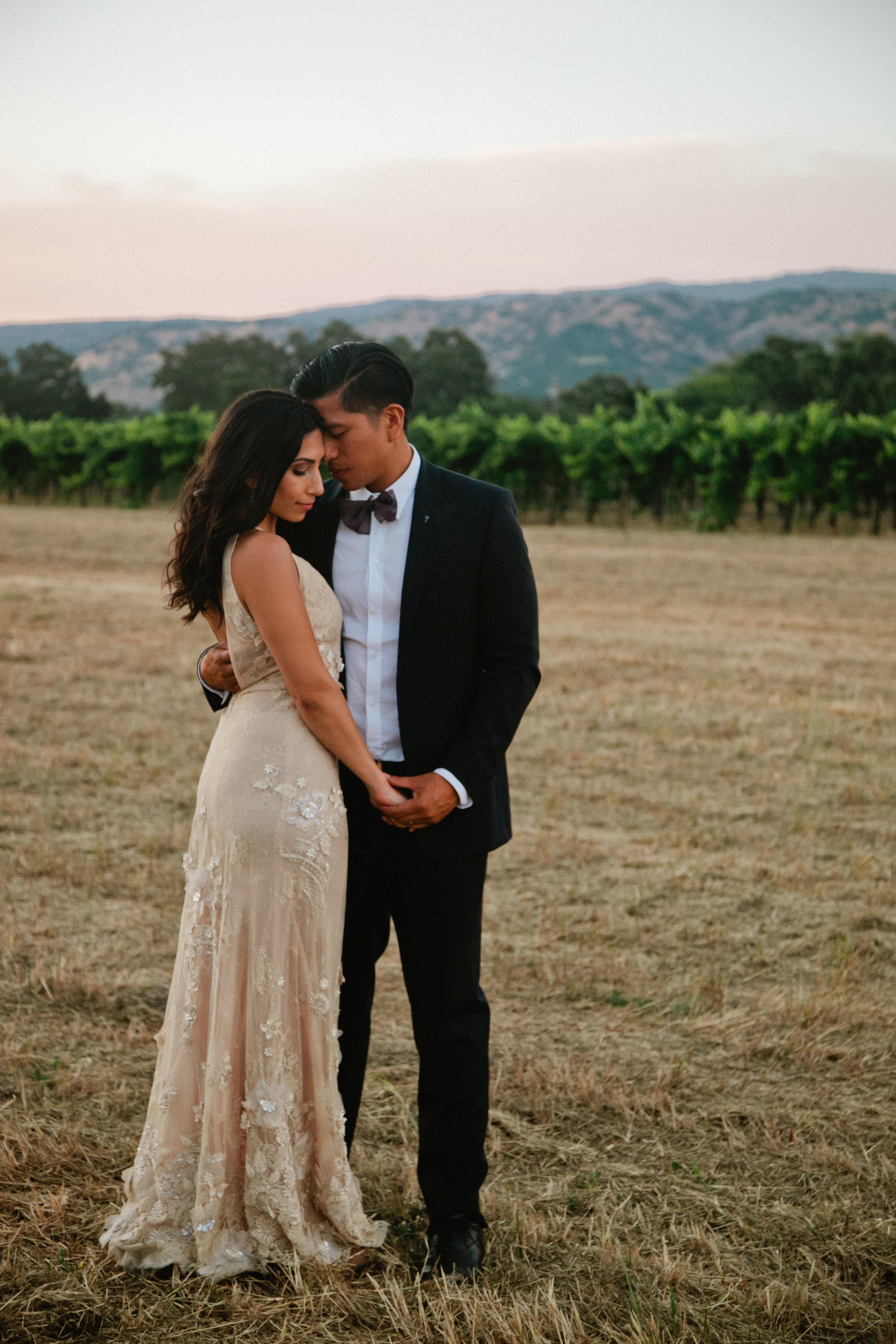 California Wedding Photographer Elopement Travel Destination Napa Valley Elope Couple Photography Lifestyle Candid Artistic Creative Bohemian Romantic Vineyard Inspiration