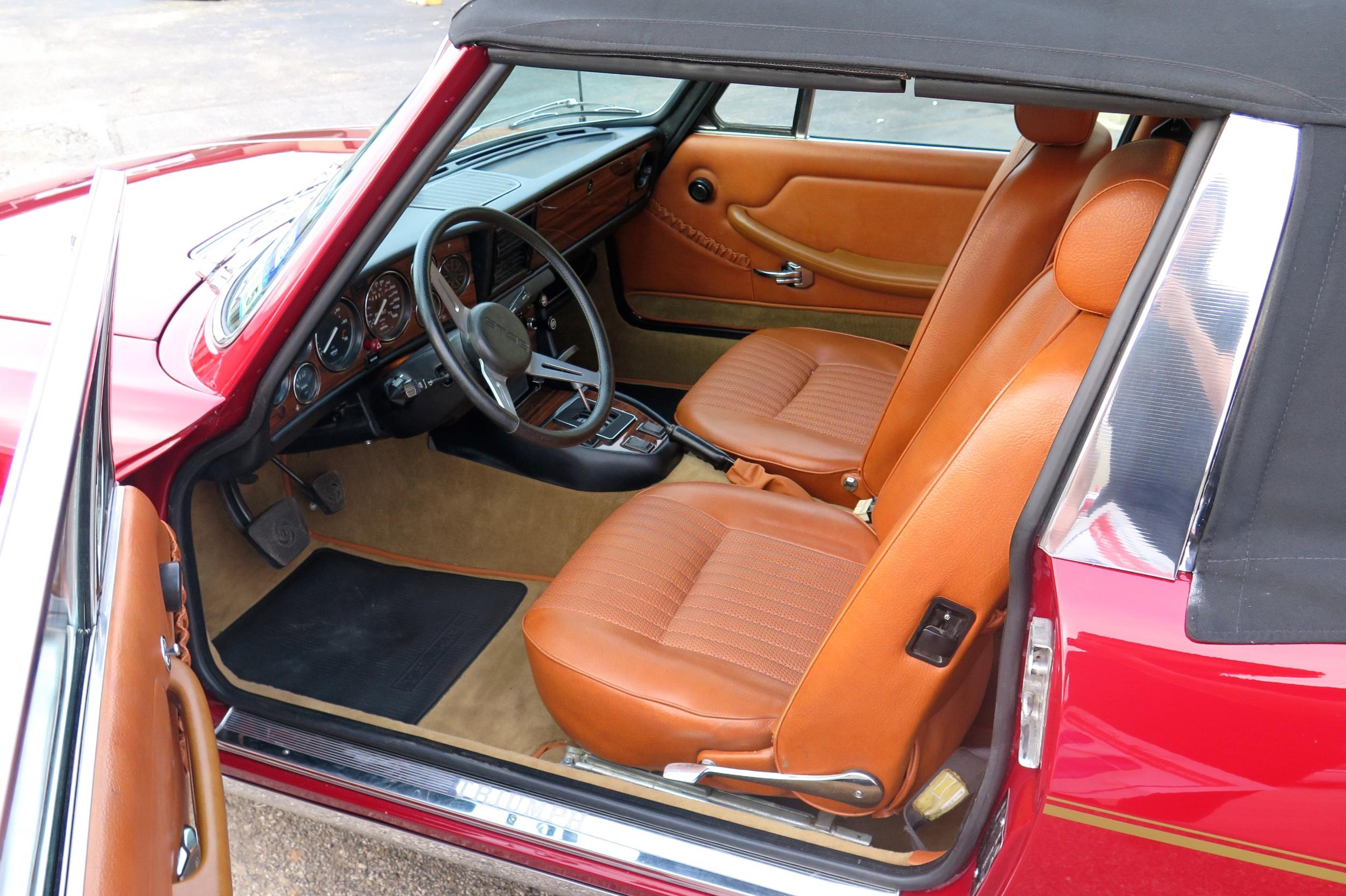 007_1973_Triumph_Stag-IMG_4982.jpg