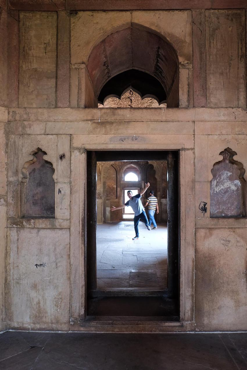 Enjoying Safdarujung's Tomb?