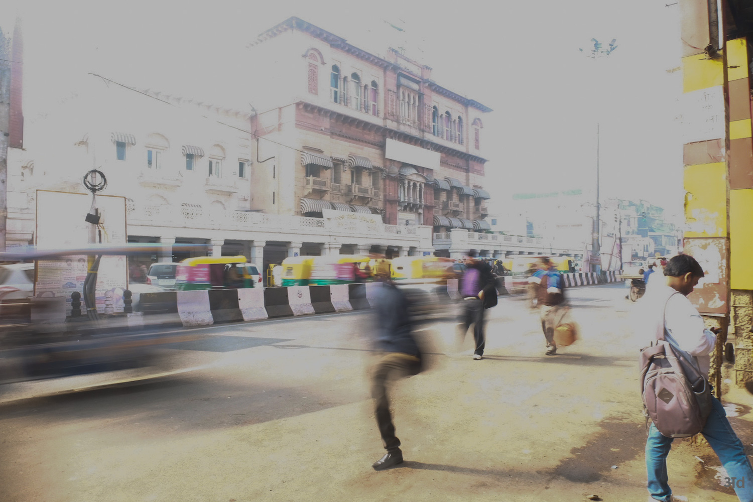 Beginnings of the Chandni Chowk hustle and bustle