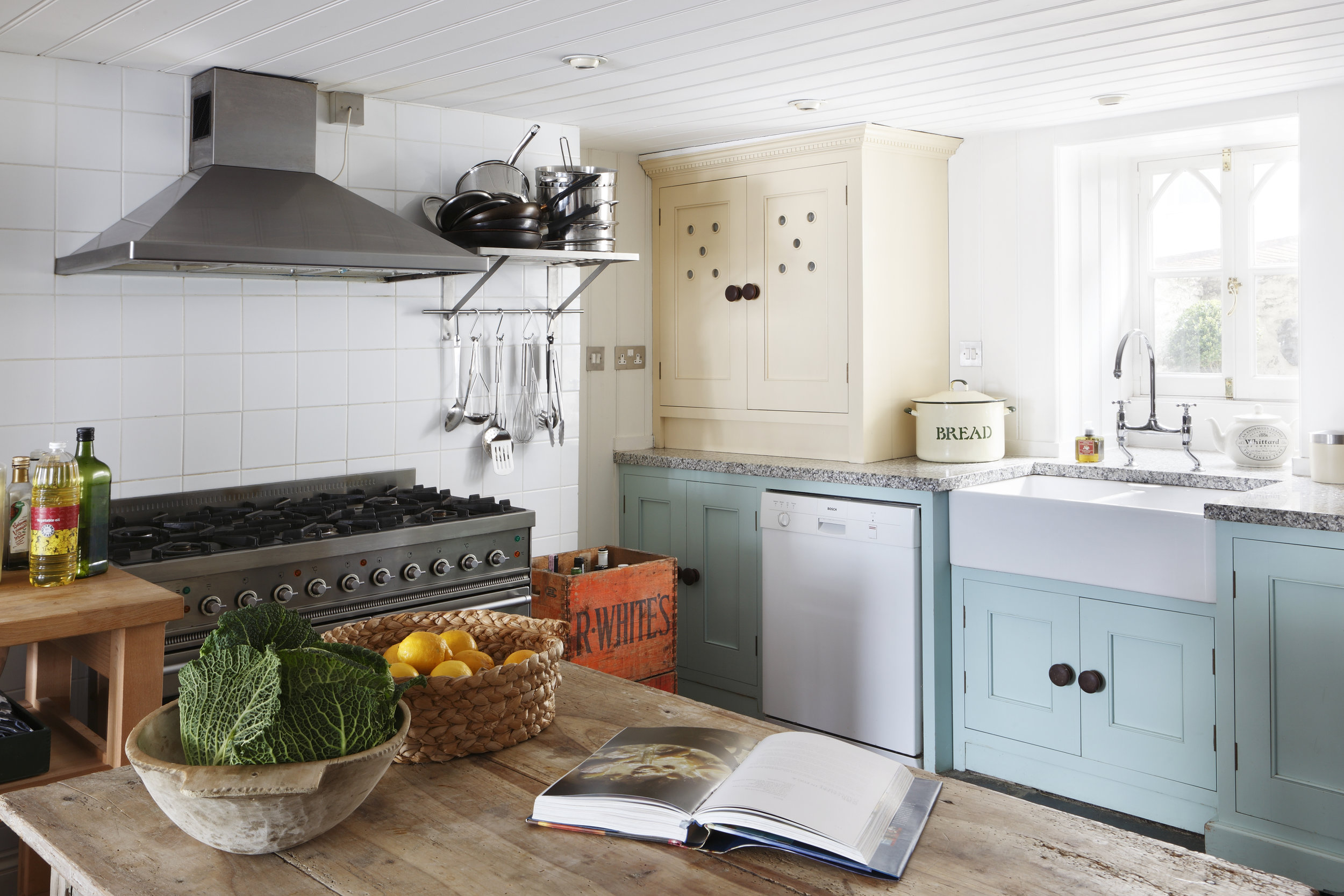 Kitchen Interior design Salcombe, Devon by Ham Interiors.jpg