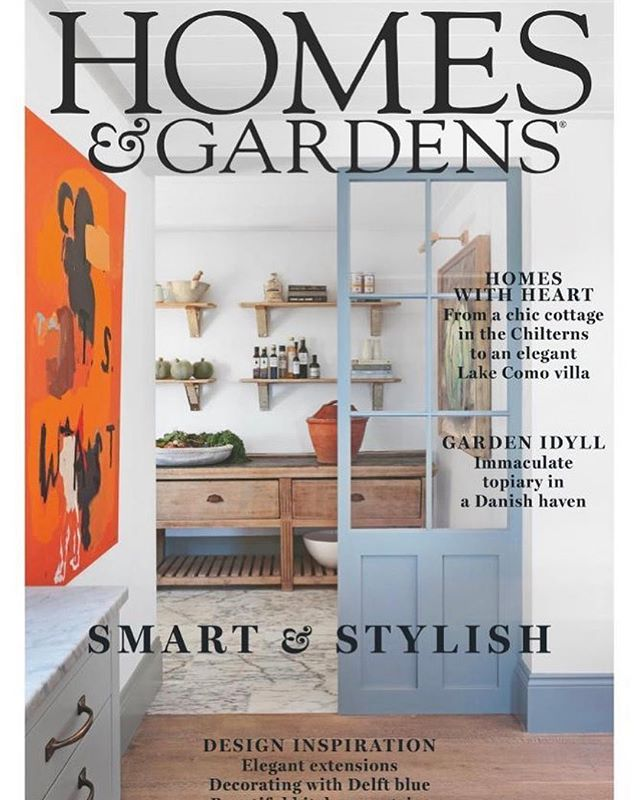 We made the cover! 🌳 Thank you @homesandgardensuk for featuring Toms Views project as your cover story and the wonderful @aliheath_uk & @alexanderjamesphoto for the beautiful words, styling & photography...