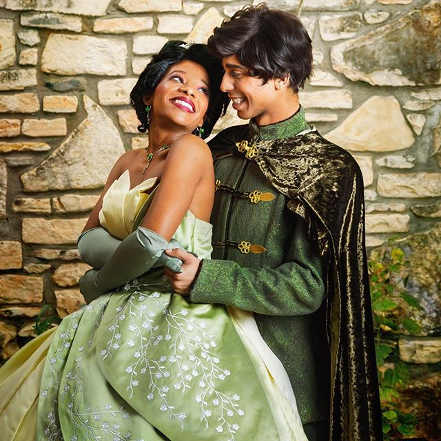 Froggy Friday 😘🐸👑 #princessentertainment #austinprincessparty #princessparty #partyprincess #princessandthefrog #naveen #princesstiana #tianacosplay #blackhistorymonth #disneycosplay #facecharacter #austin