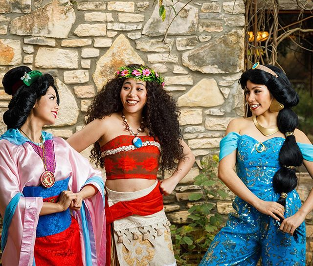 May is Asian/Pacific American Heritage Month! Texas is a beautifully diverse state because of you and your beautiful diverse families and we are so proud to celebrate with you! 📷 @azulox  #asianpacificamericanheritagemonth #asianpacificheritagemonth #diversity #diversitymatters #diversityworks #princessparty #disneycosplay #princessperformer #facecharacter #moana #aladdin #jasmine #mulan #disneyprincess #cosplay #cosplaylife