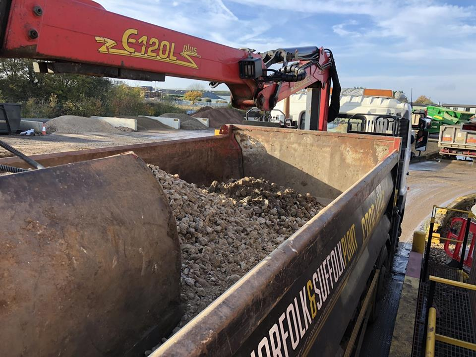 AGGREGATES DELIVERED TO YOUR SITE OR DOOR BEFORE THE MUCKAWAY. -