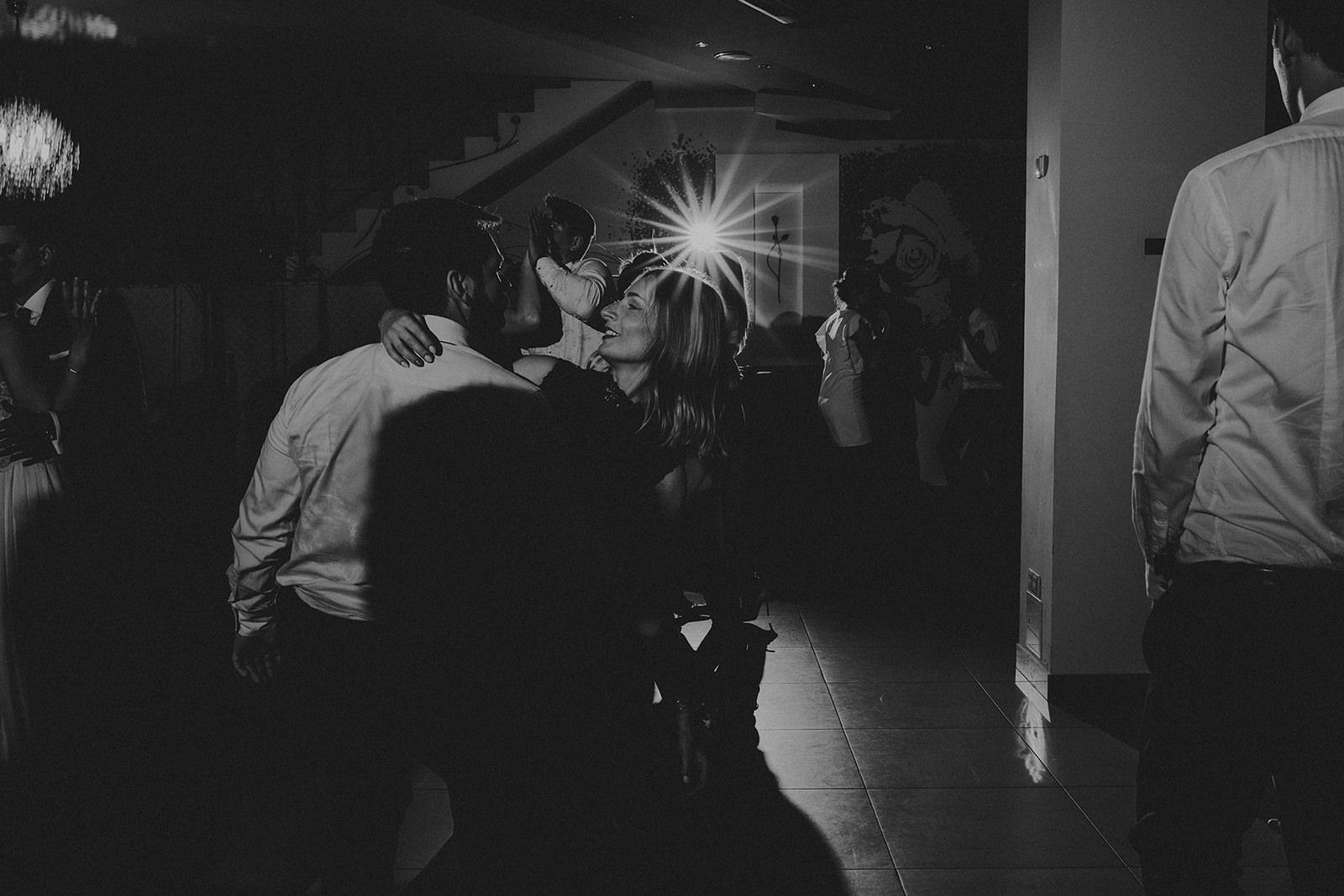 127_opolskie_fotografia_slubna_sala_weselna_dworek_rozany_namyslow.jpg