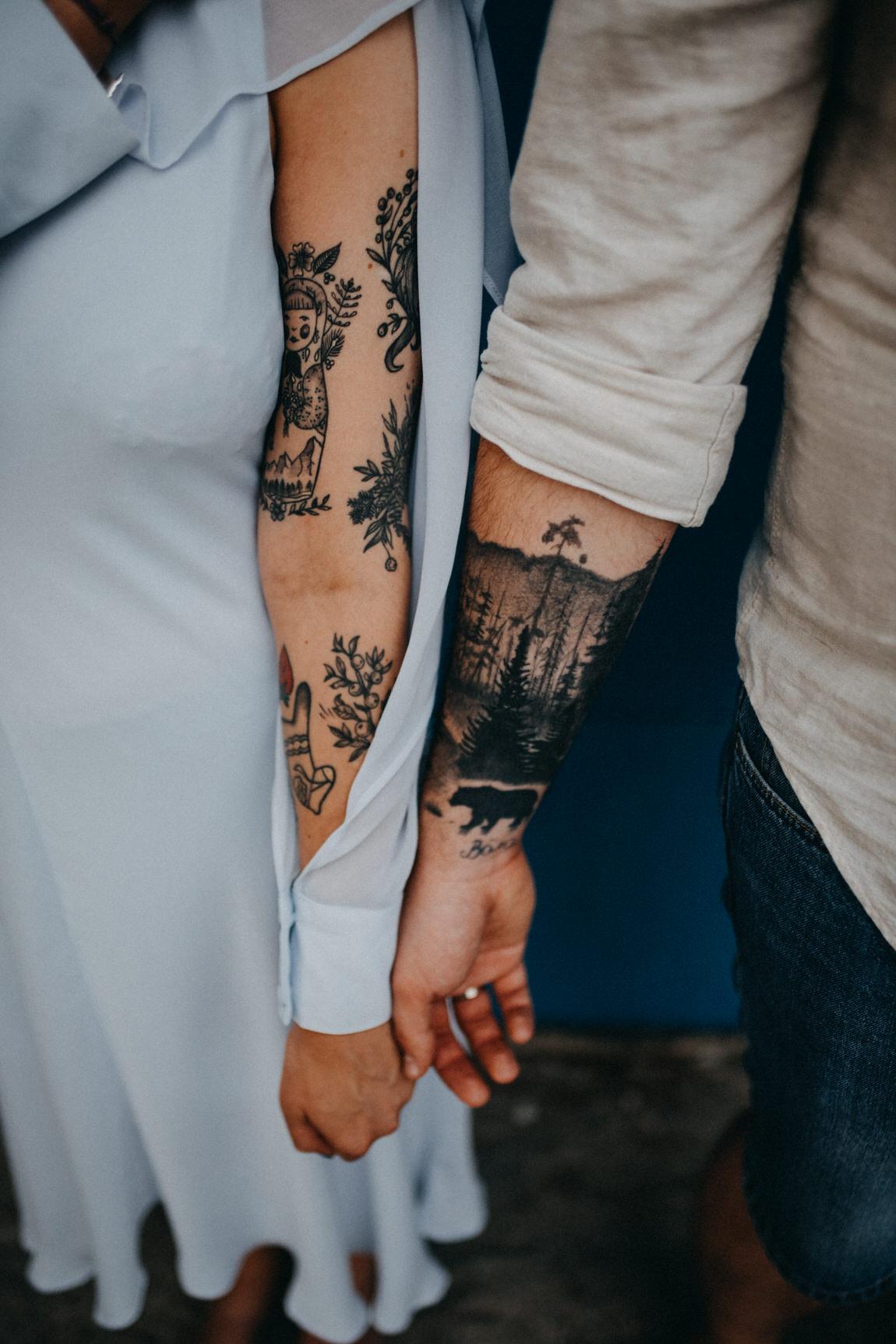 76_sesja_narzeczenska_tatuaze_para_wroclaw.jpg