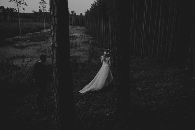 49_sesja_w_lesie_wroclaw_fotograf.jpg