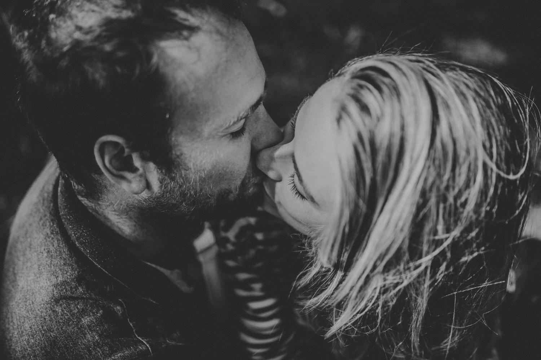Engagement-Photography-Shoot-Photographer-Devon-Dartmouth-Norfolk-Darina-Stoda-70.jpg