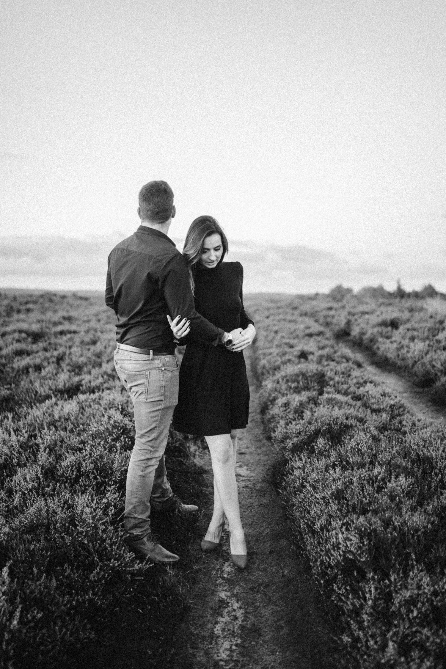 Darina-Stoda-Lifestyle-Photography-Photorapher-Devon-Norfolk-Love-Couple-14.jpg