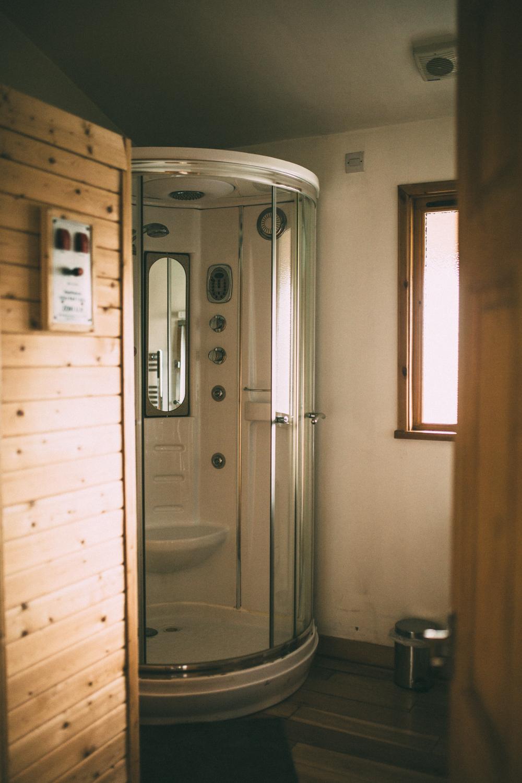 Snowdonia-Wales-Log-Cabin-Garthyfog-Darina-Stoda-Photography-9.jpg