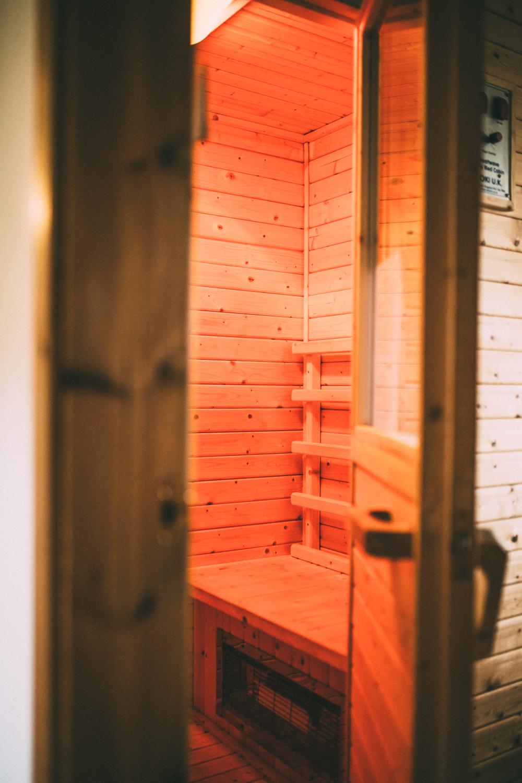 Snowdonia-Wales-Log-Cabin-Garthyfog-Darina-Stoda-Photography-10.jpg