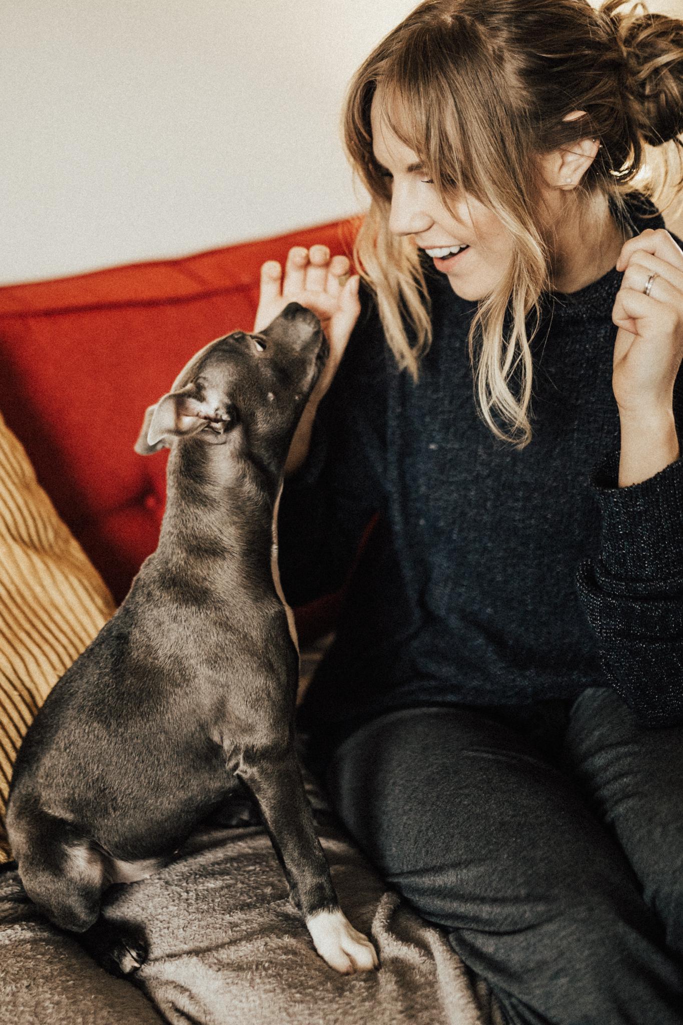 Dog-Human-Session-Photography-Darina-Stoda-Animal-Indigo-7.jpg