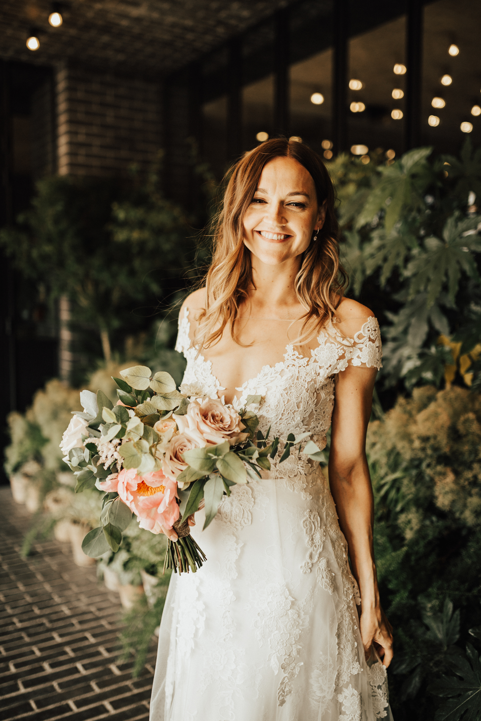 Laura-Benn-The-Asylum-London-The-Ace-Hotel-Wedding-Alternative-Darina-Stoda-Photography-112.jpg
