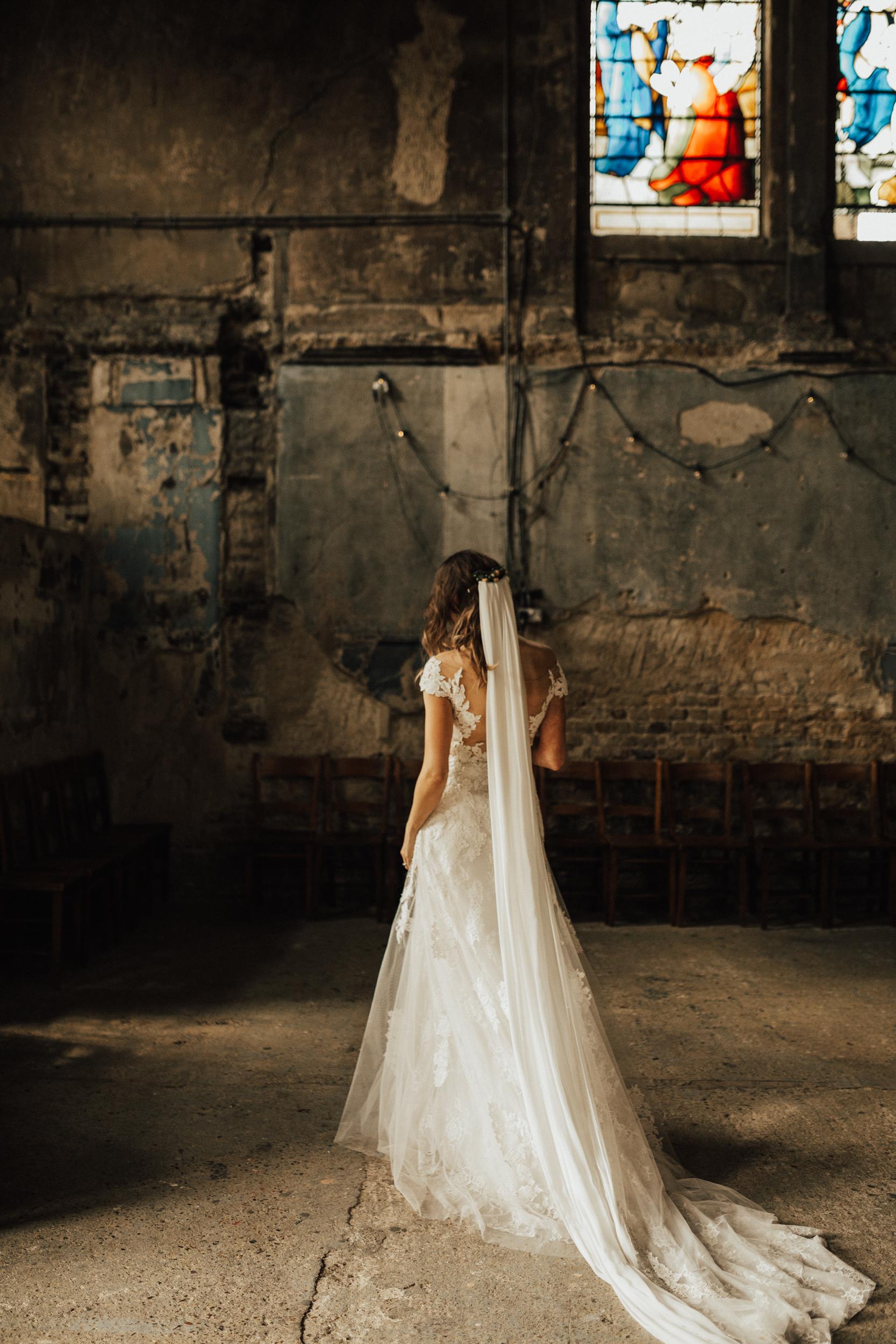 Laura-Benn-The-Asylum-London-The-Ace-Hotel-Wedding-Alternative-Darina-Stoda-Photography-366.jpg