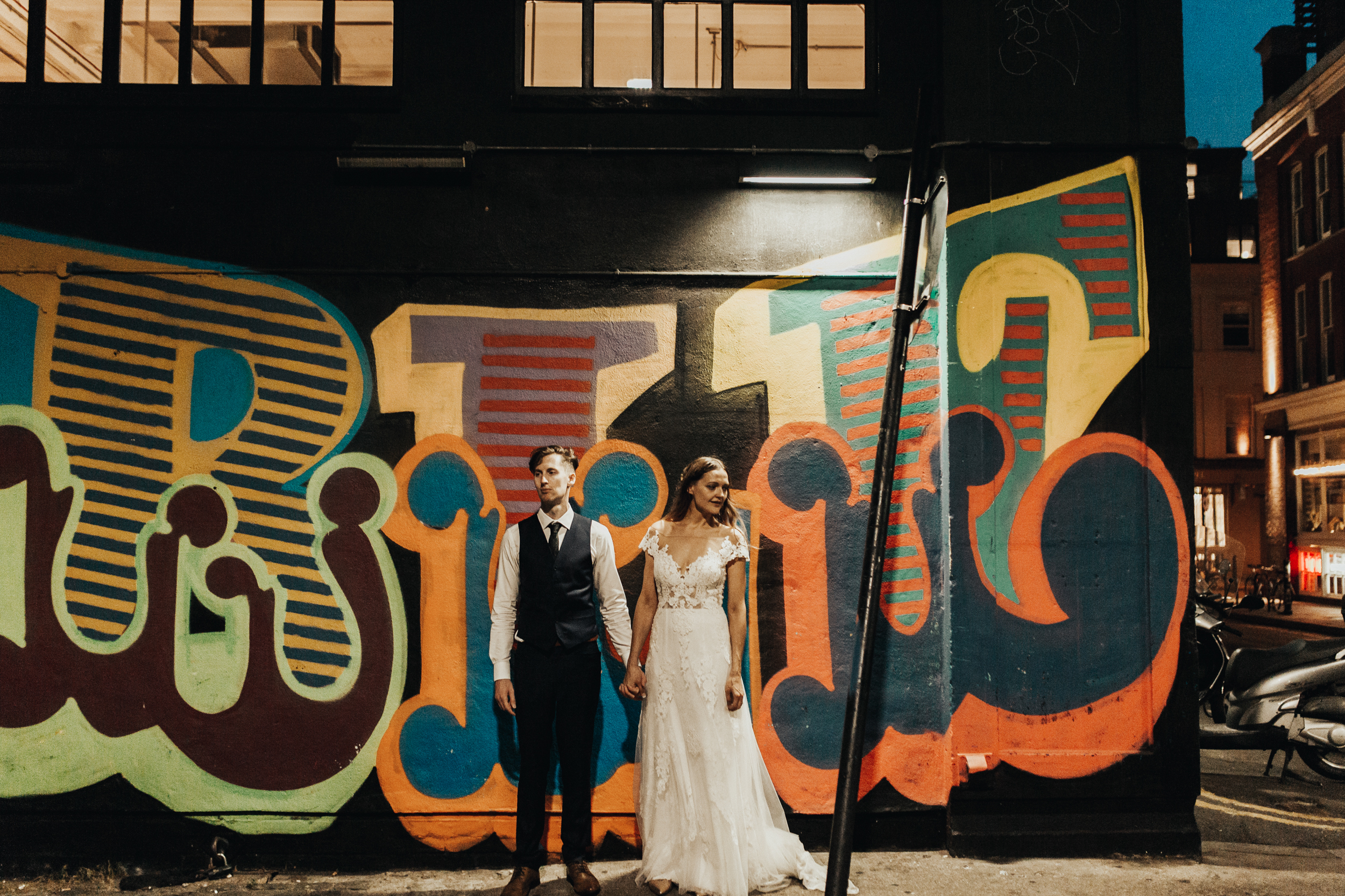 Laura-Benn-The-Asylum-London-The-Ace-Hotel-Wedding-Alternative-Darina-Stoda-Photography-808.jpg