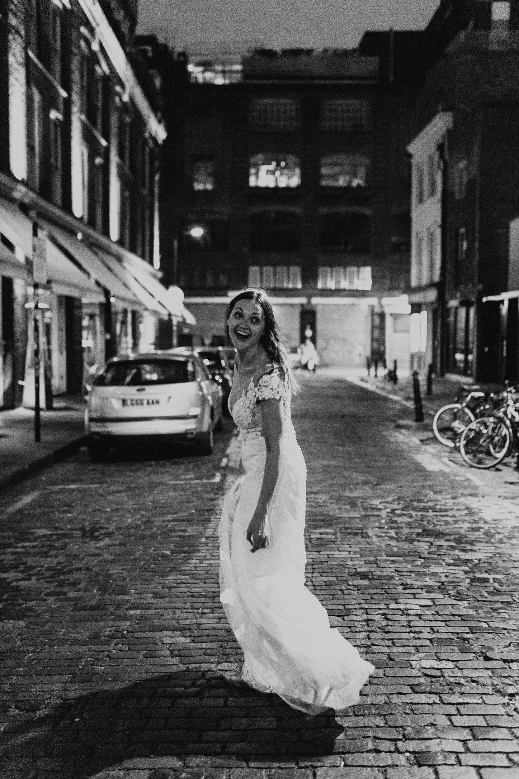 Laura-Benn-The-Asylum-London-The-Ace-Hotel-Wedding-Alternative-Darina-Stoda-Photography-803.jpg