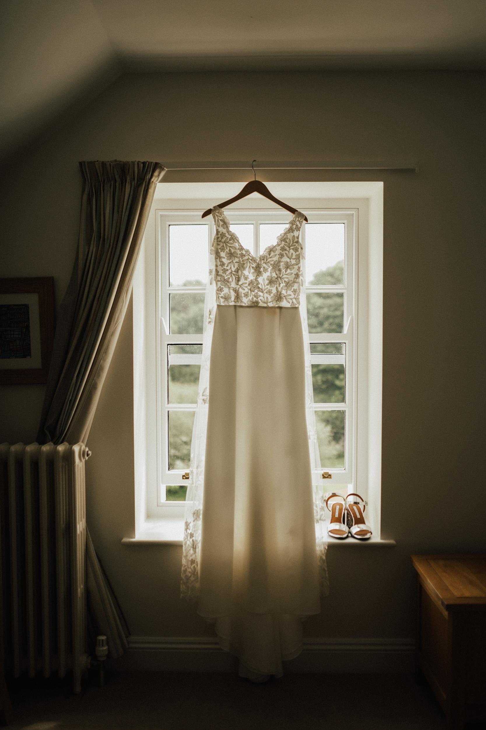 Rach-Stefan-Wedding-Devon-South-Slapton-Sands-Boho-Photography-Darina-Stoda-42.jpg