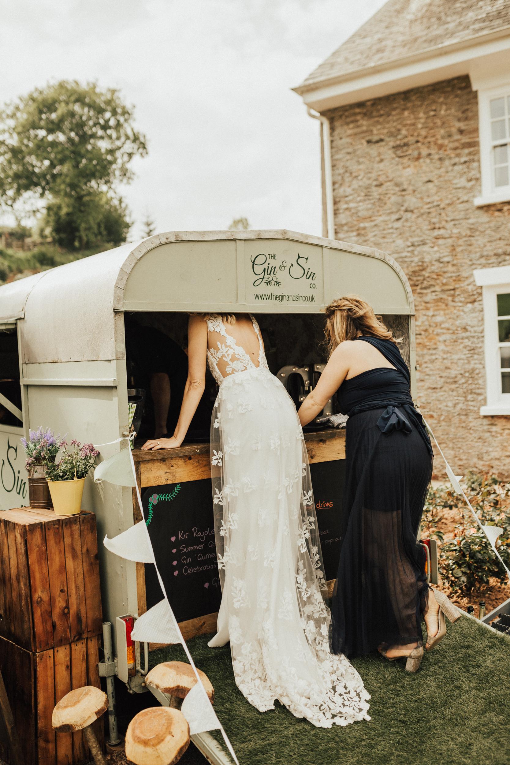 Rach-Stefan-Wedding-Devon-South-Slapton-Sands-Boho-Photography-Darina-Stoda-690.jpg