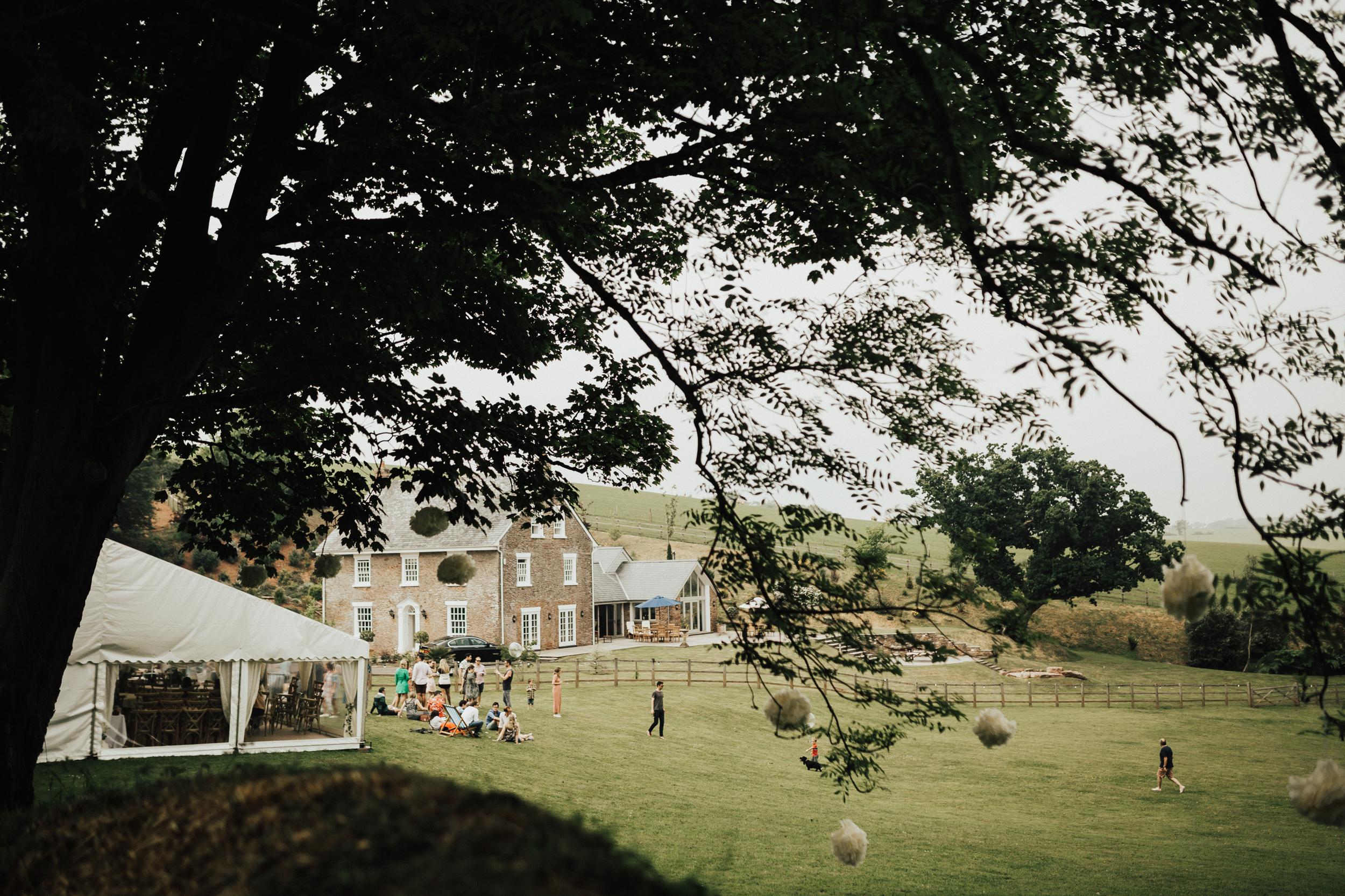 Rach-Stefan-Wedding-Devon-South-Slapton-Sands-Boho-Photography-Darina-Stoda-Day-After-11.jpg