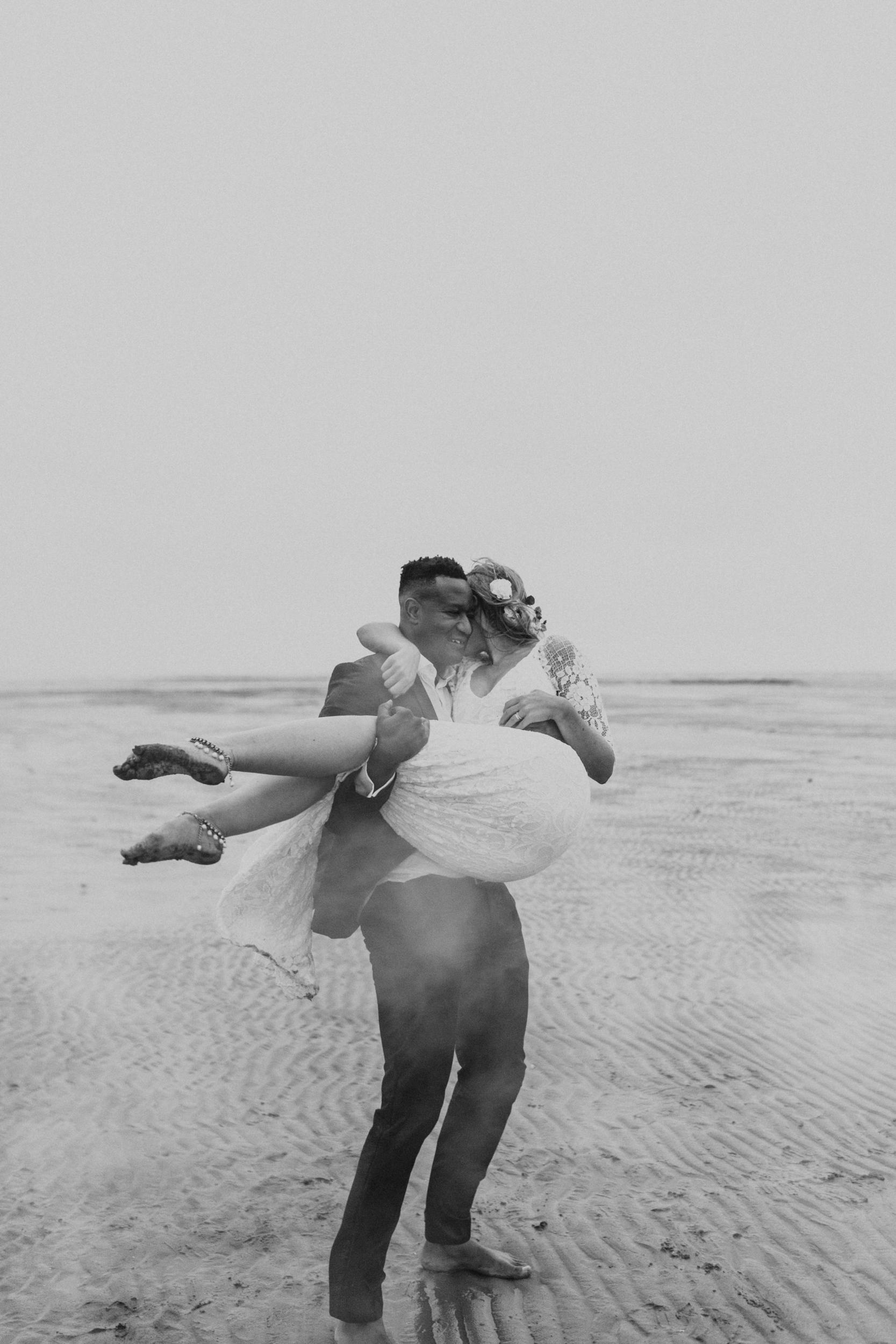 Emma-Tate-Stormy-Norfolk-Beach-Wedding-Shoot-Darina-Stoda-Photography-52.jpg