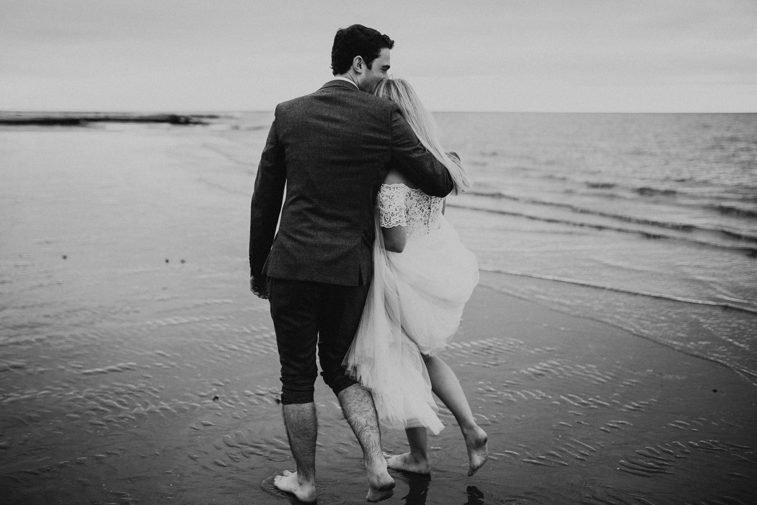 Claire-Clive-Wedding-Norfolk-Beach-Session-Love-Darina-Stoda-Photography-88.jpg