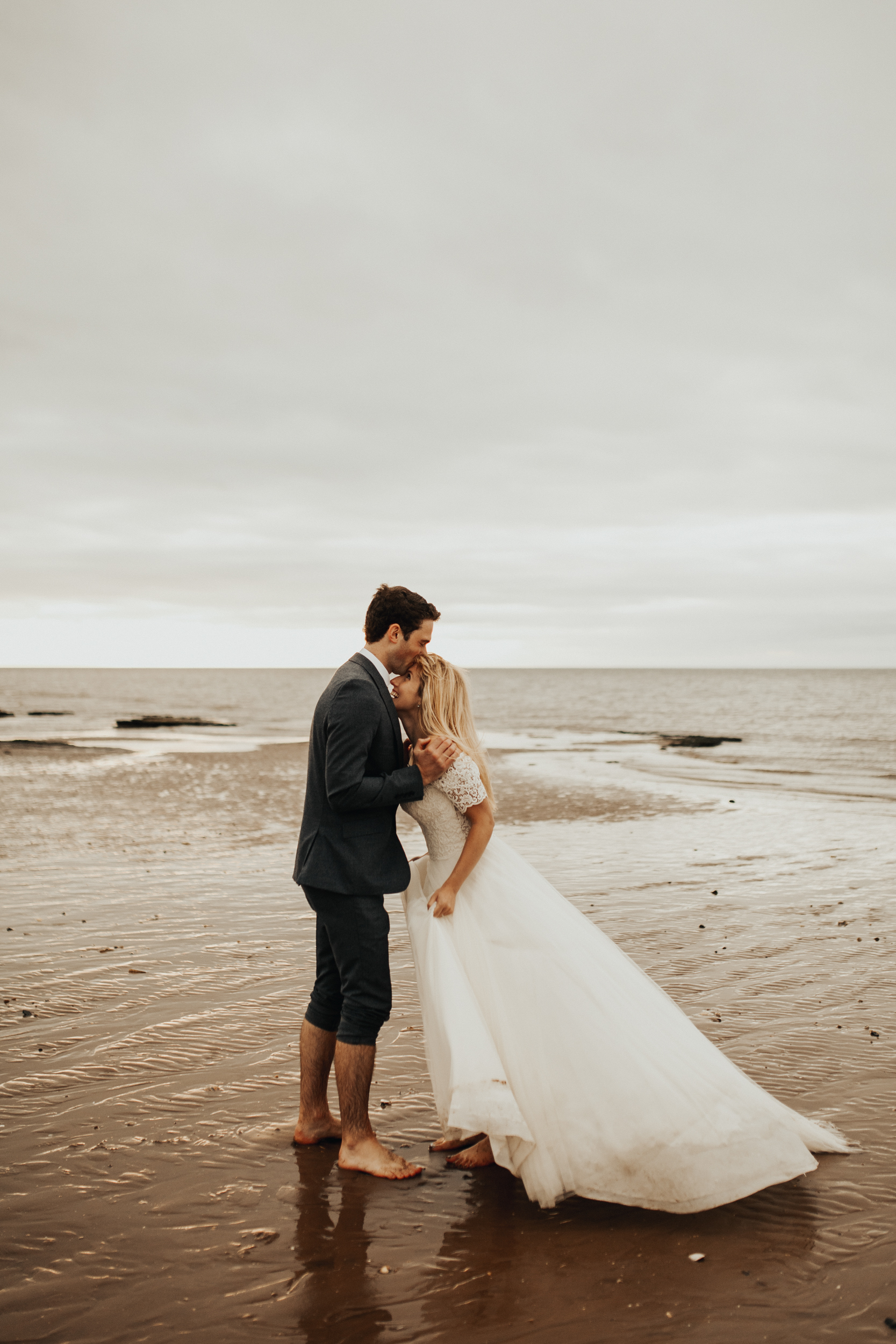Claire-Clive-Wedding-Norfolk-Beach-Session-Love-Darina-Stoda-Photography-138.jpg