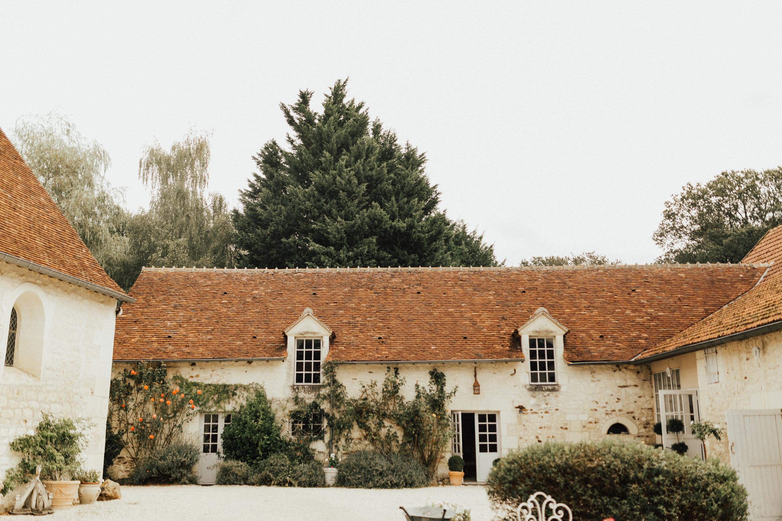 Amy-Zac-Destination-Wedding-France-Manoir-Foulquetiere-Darina-Stoda-Photography-1.jpg