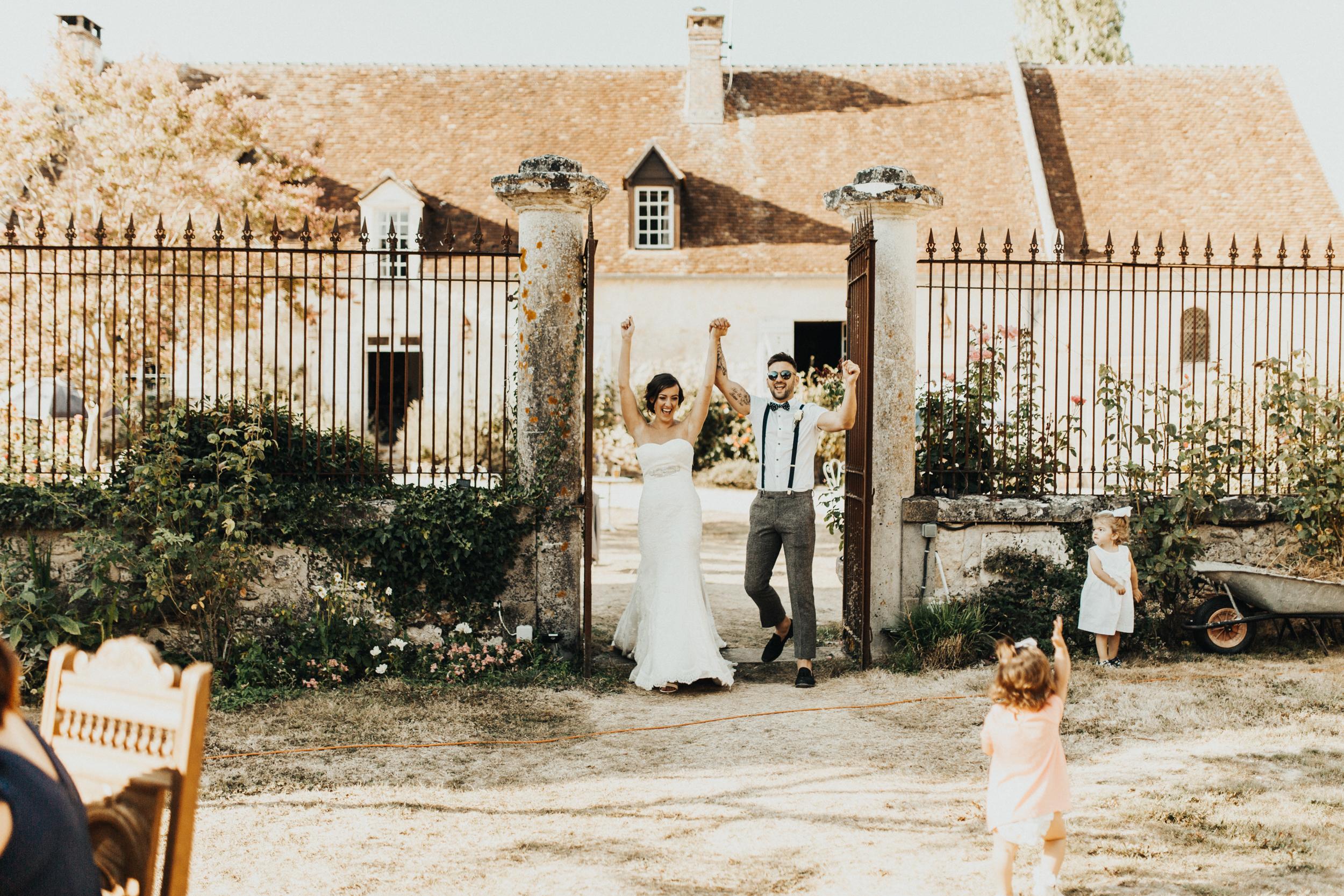 Amy-Zac-Destination-Wedding-France-Manoir-Foulquetiere-Darina-Stoda-Photography-75.jpg