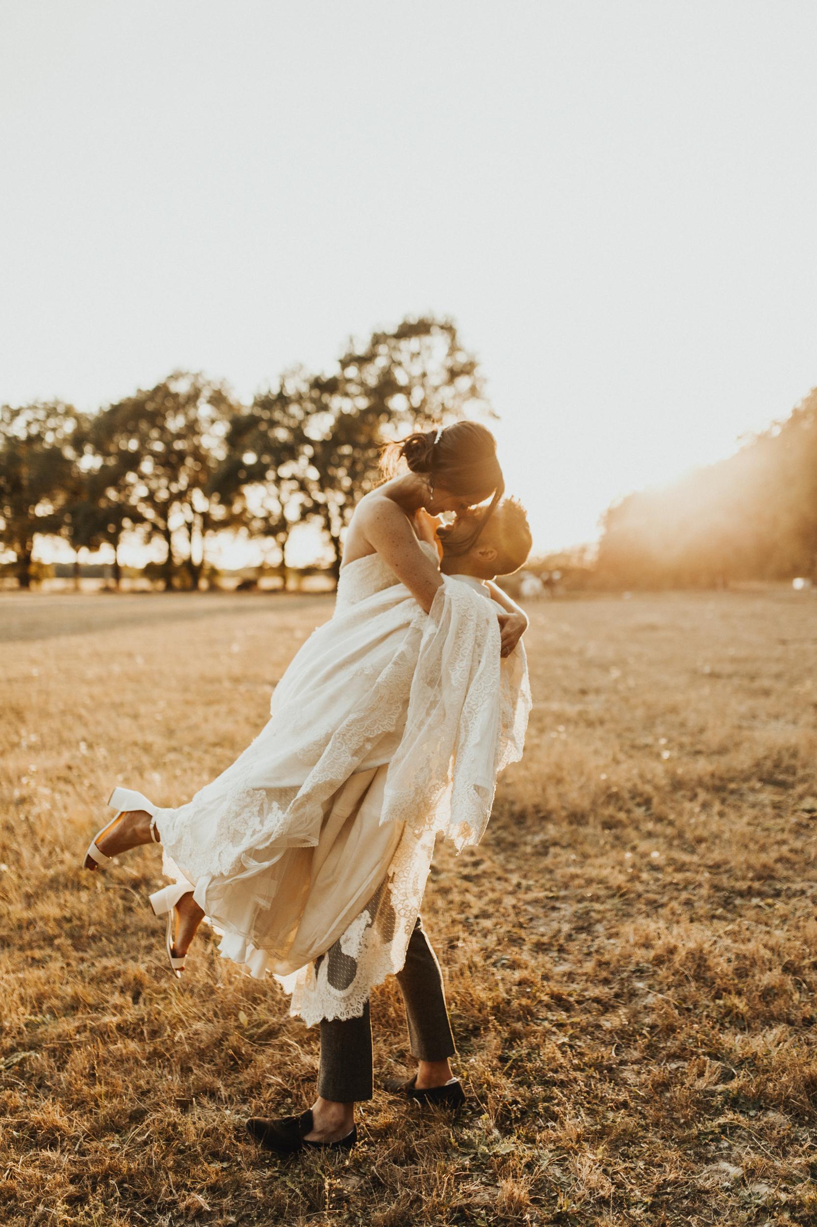 Amy-Zac-Destination-Wedding-France-Manoir-Foulquetiere-Darina-Stoda-Photography-91.jpg