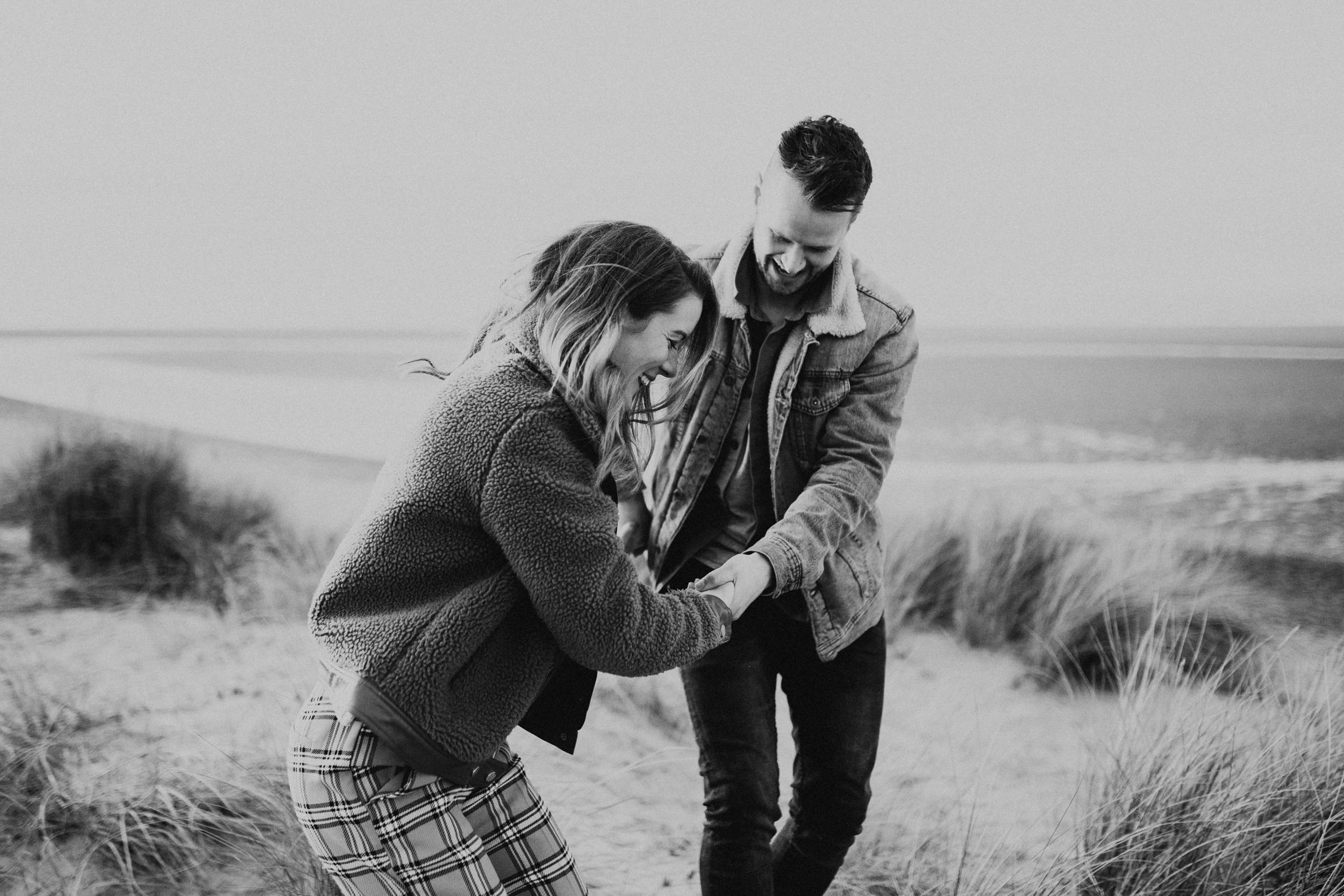 Claire-Liam-Beach-Coastal-Engagement-Session-Norfolk-Darina-Stoda-Photography-7.jpg