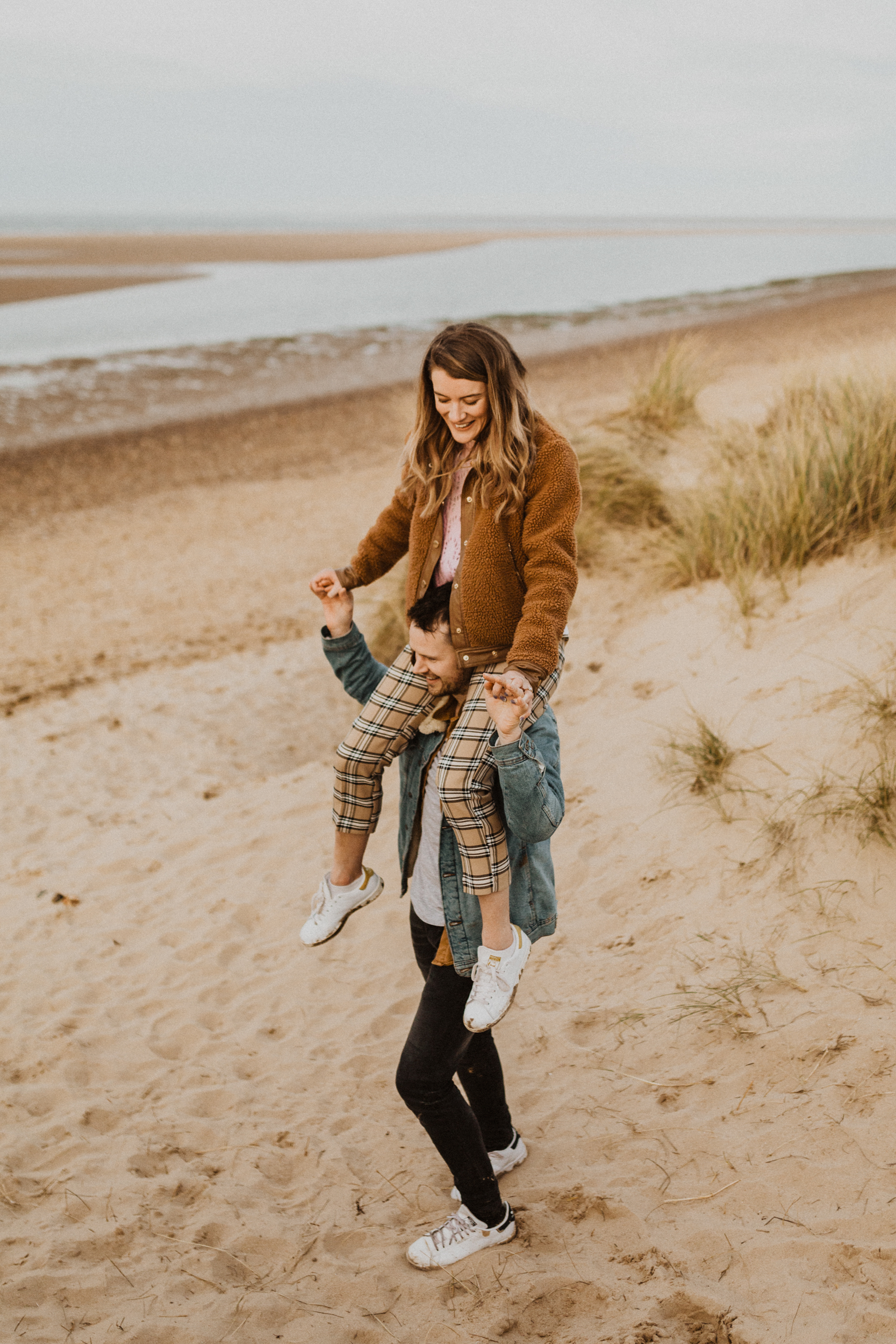 Claire-Liam-Beach-Coastal-Engagement-Session-Norfolk-Darina-Stoda-Photography-15.jpg
