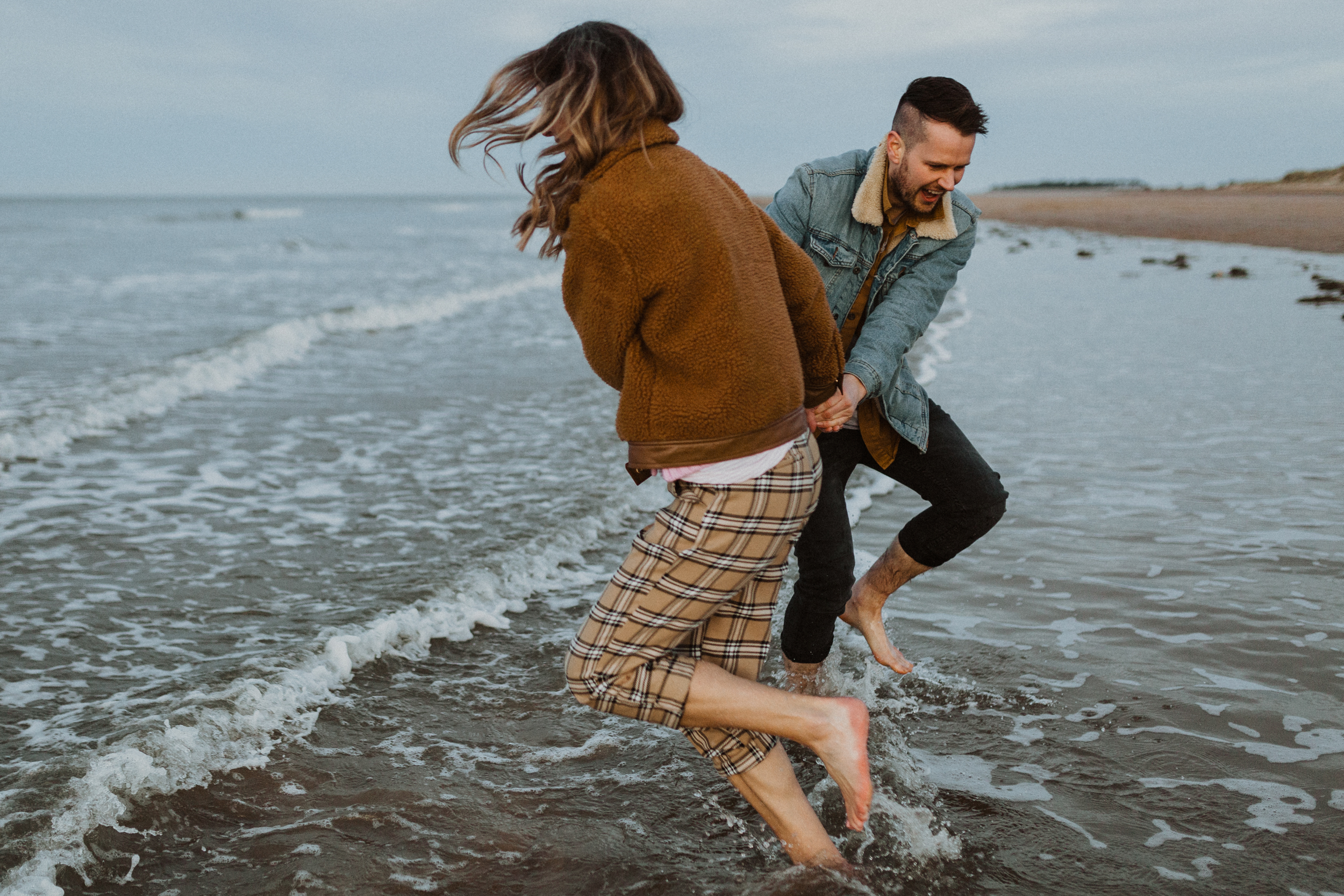 Claire-Liam-Beach-Coastal-Engagement-Session-Norfolk-Darina-Stoda-Photography-25.jpg
