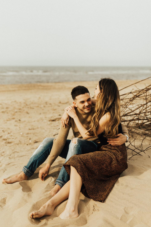 Chiara-Charlie-Beach-Coastal-Adventurous-Norfolk-Pre-Wedding-Engagement-Shoot-Darina-Stoda-Photography-53.jpg