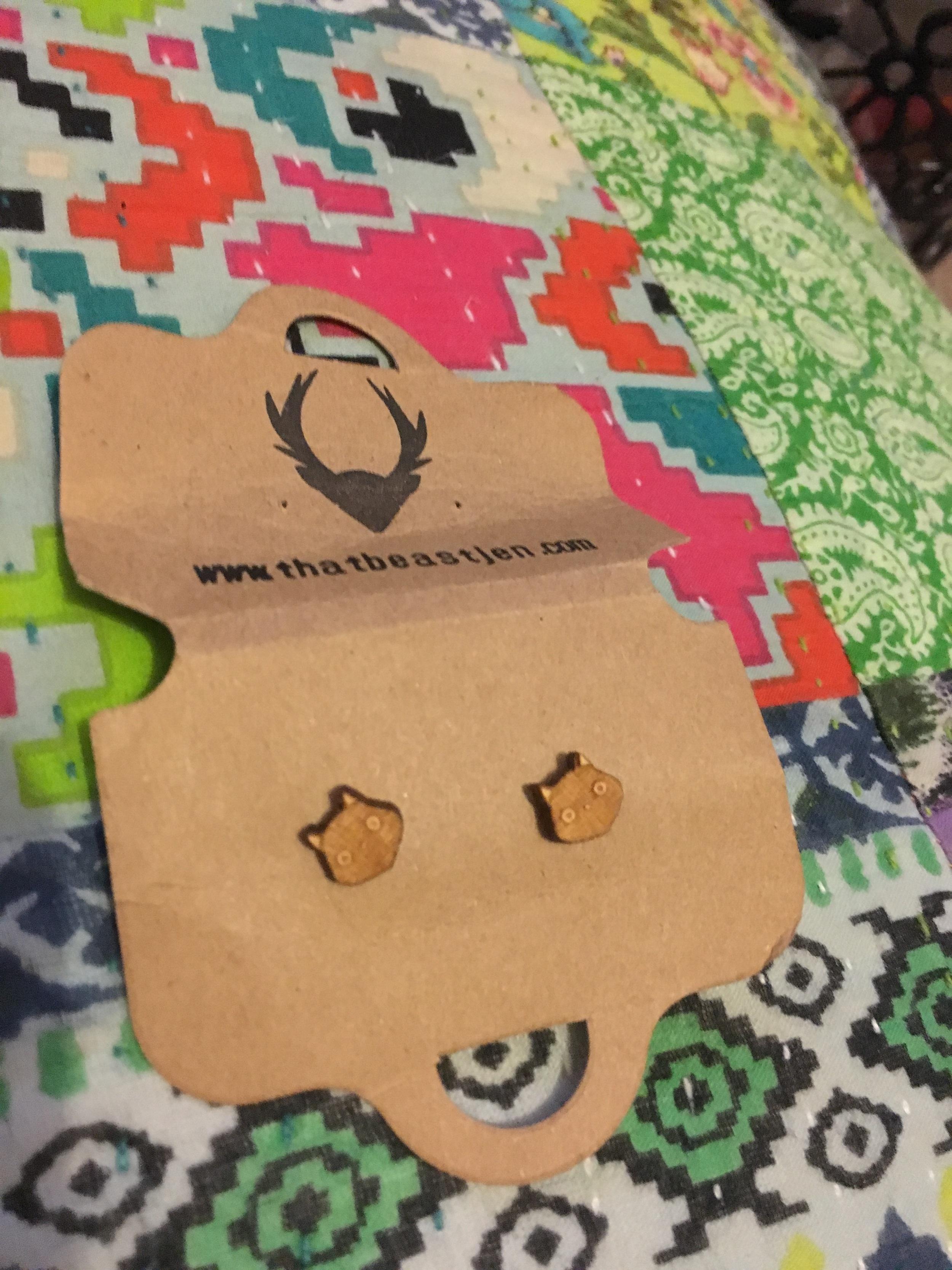 Day 15 & cat earrings from That Beast Jen