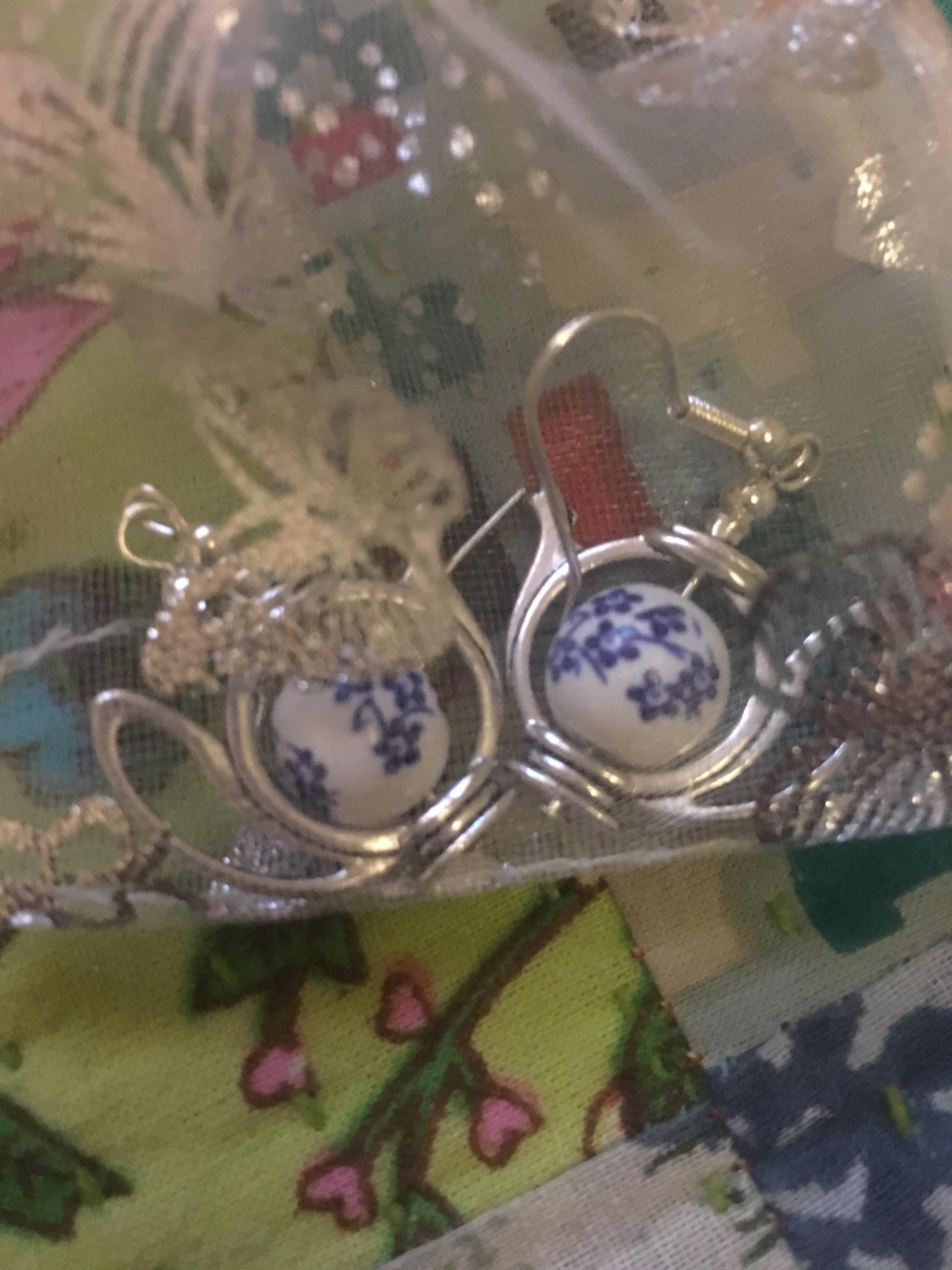 Day 21 & teapot earrings