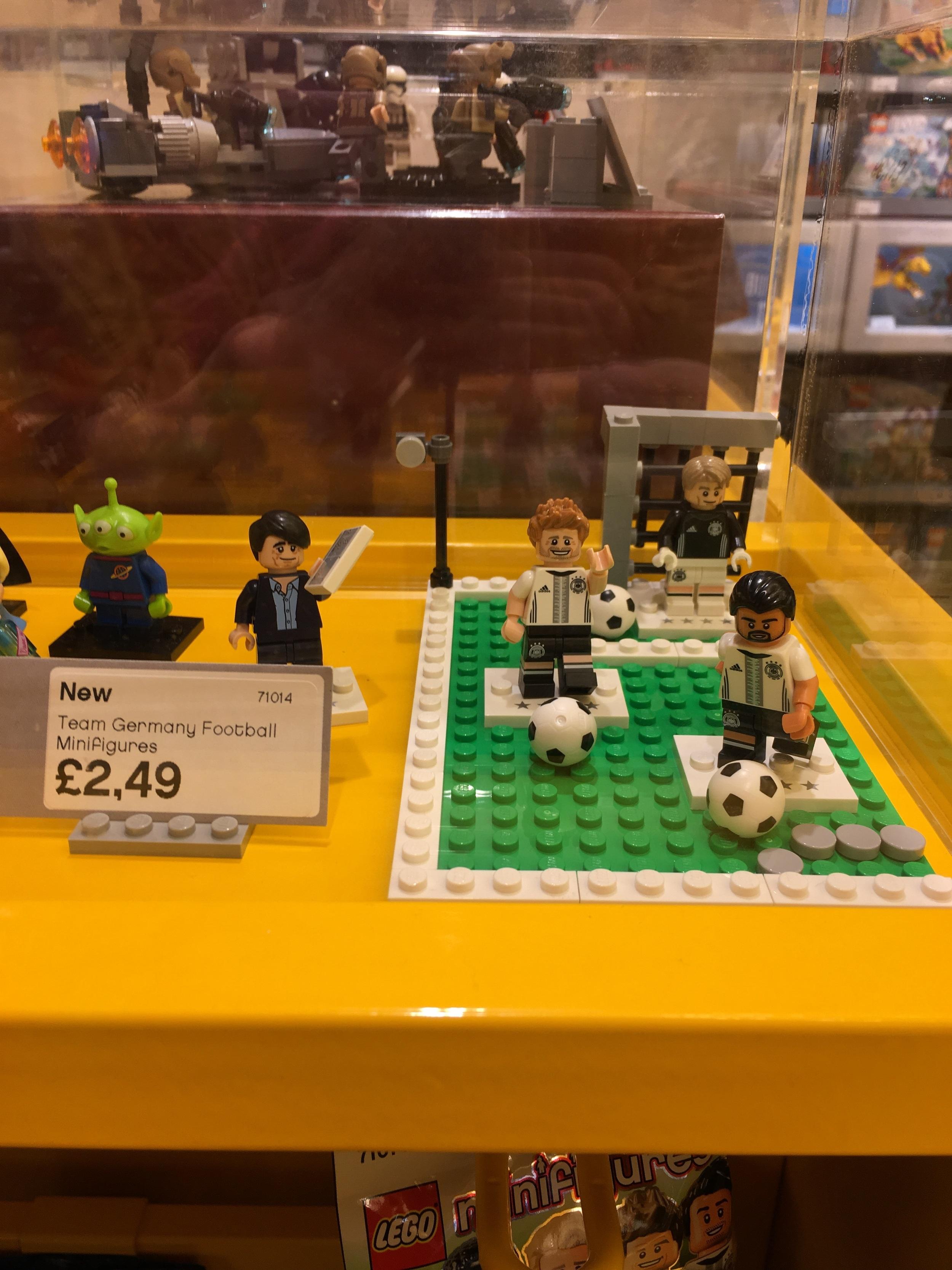 Lego German Football CMF released