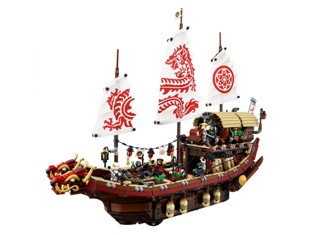 Great looking boat, I love the sails